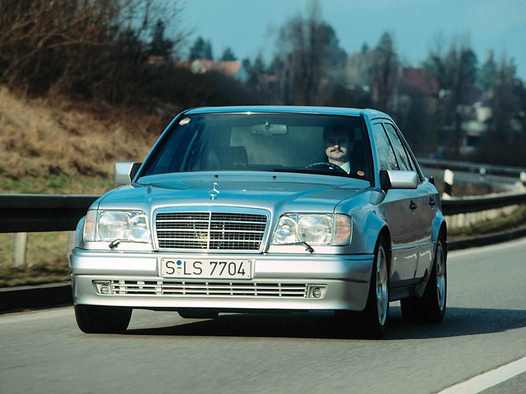 Mercedes 500 E : mercedes benz 500 e w124 specs photos 1991 1992 1993 autoevolution ~ Nature-et-papiers.com Idées de Décoration