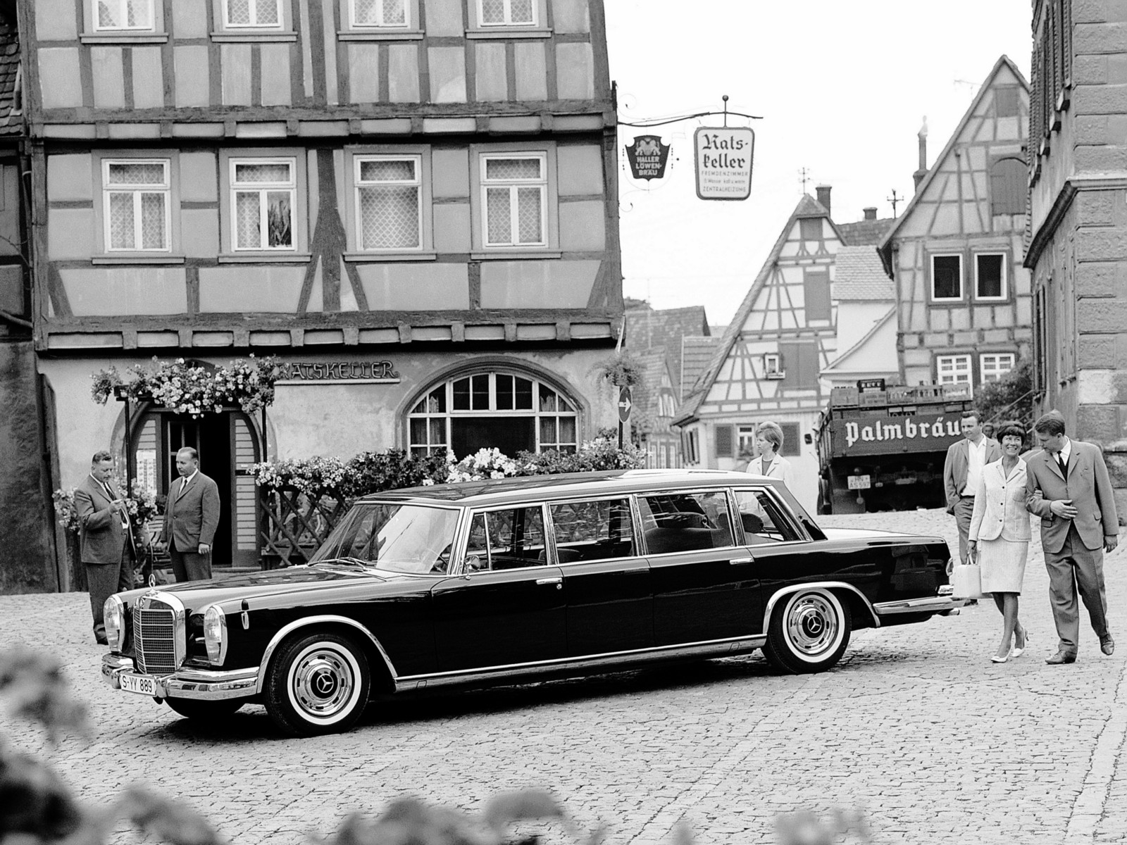Mercedes Benz 600 Pullman V100 Specs Amp Photos 1964