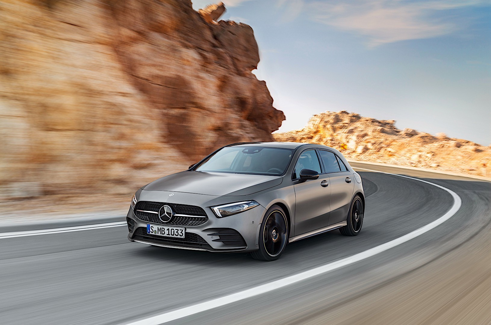 Mercedes benz a class w177 specs 2018 autoevolution for Mercedes benz training and education