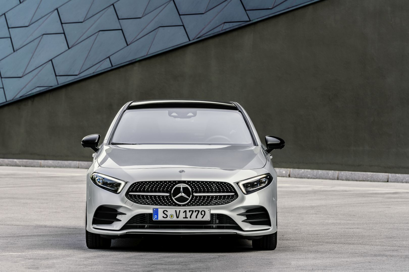 MERCEDES BENZ A-Class Sedan (V177) specs & photos - 2018 ...