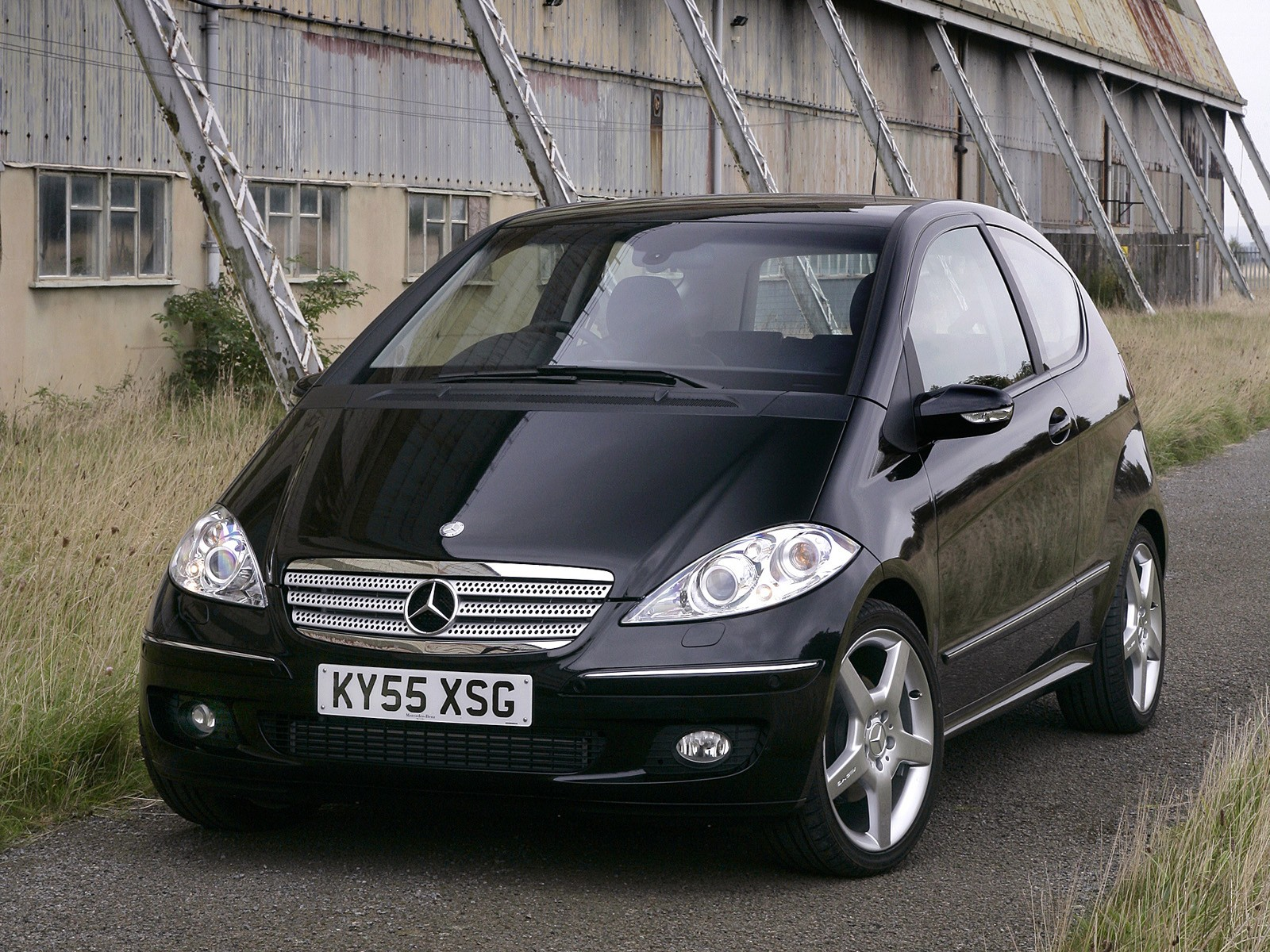 mercedes benz a klasse 3 doors w169 specs 2004 2005. Black Bedroom Furniture Sets. Home Design Ideas