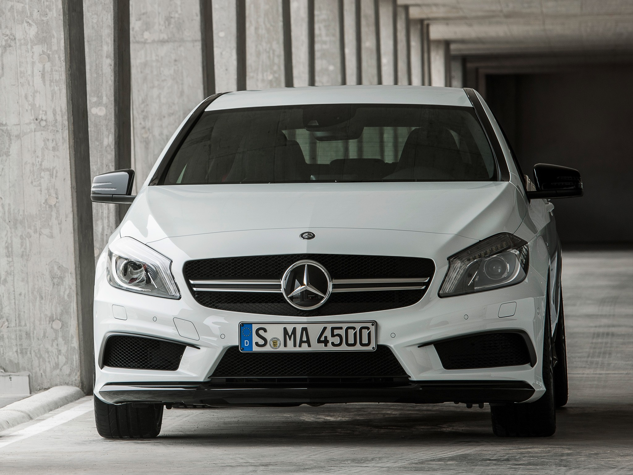 Mercedes Benz Cla >> MERCEDES BENZ A45 AMG (W176) specs & photos - 2013, 2014, 2015 - autoevolution