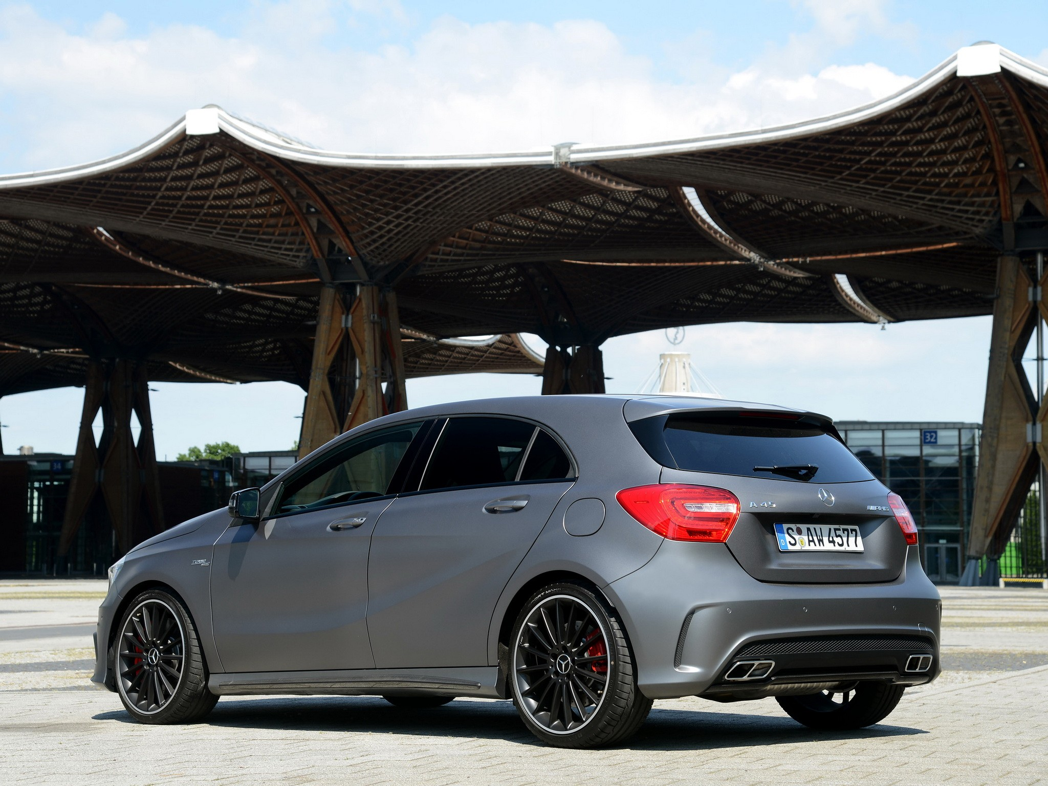 Mercedes benz a45 amg w176 specs 2013 2014 2015 for Mercedes benz a45 amg