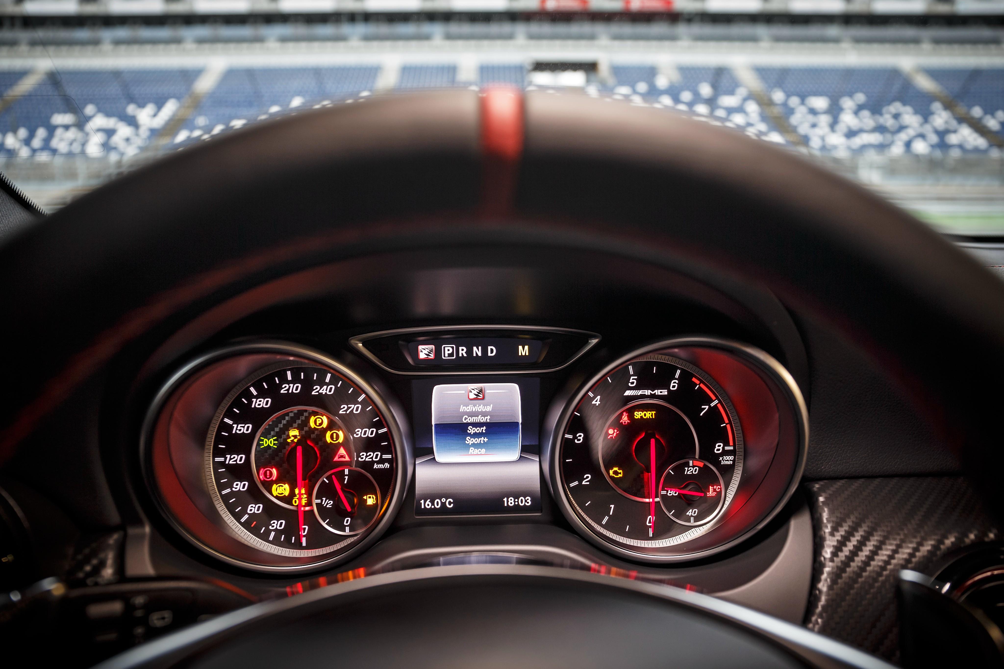 Mercedes Amg A45 W176 Specs Photos 2015 2016 2017 2018