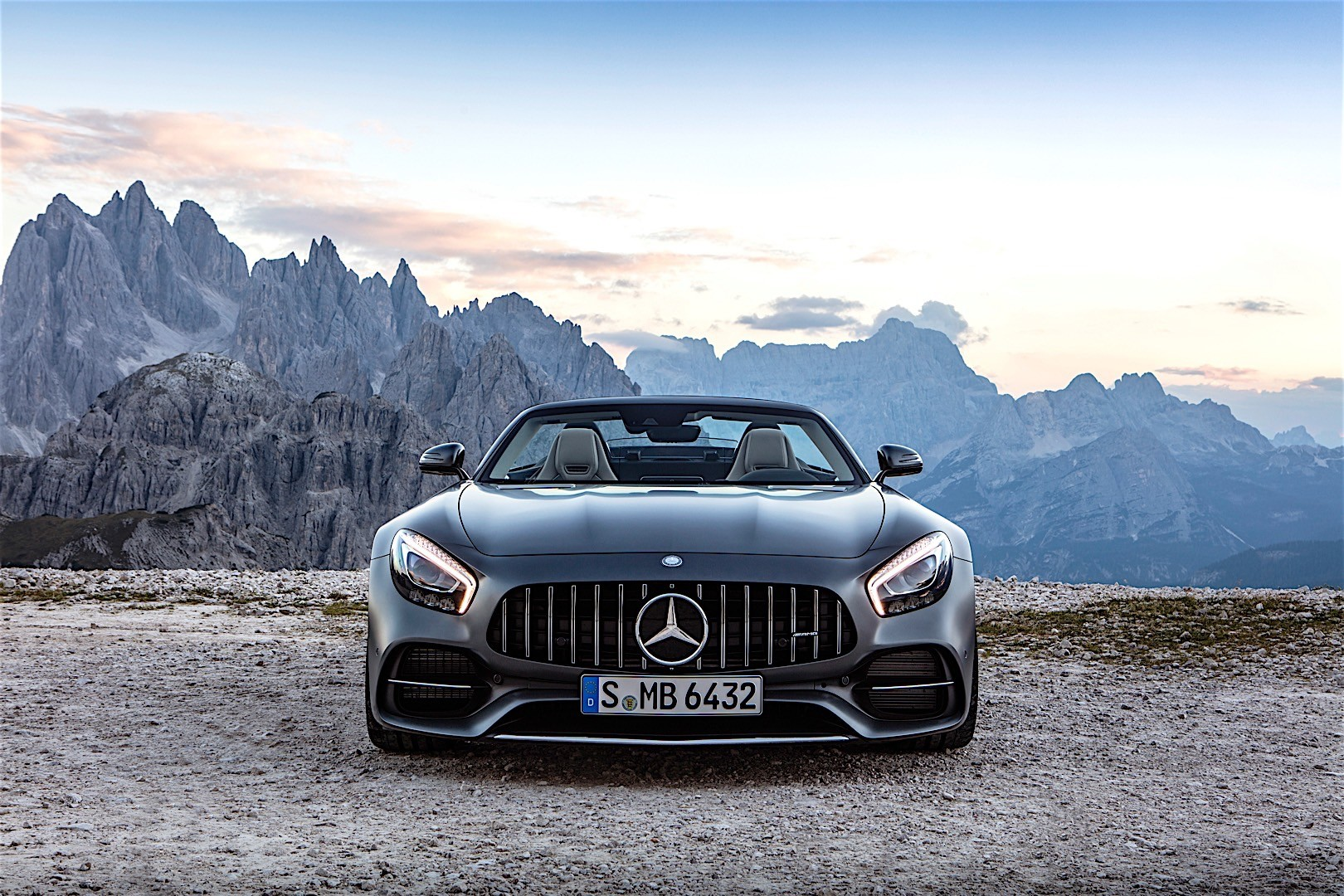 mercedes amg gt c roadster r190 specs photos 2016 2017 2018 autoevolution. Black Bedroom Furniture Sets. Home Design Ideas