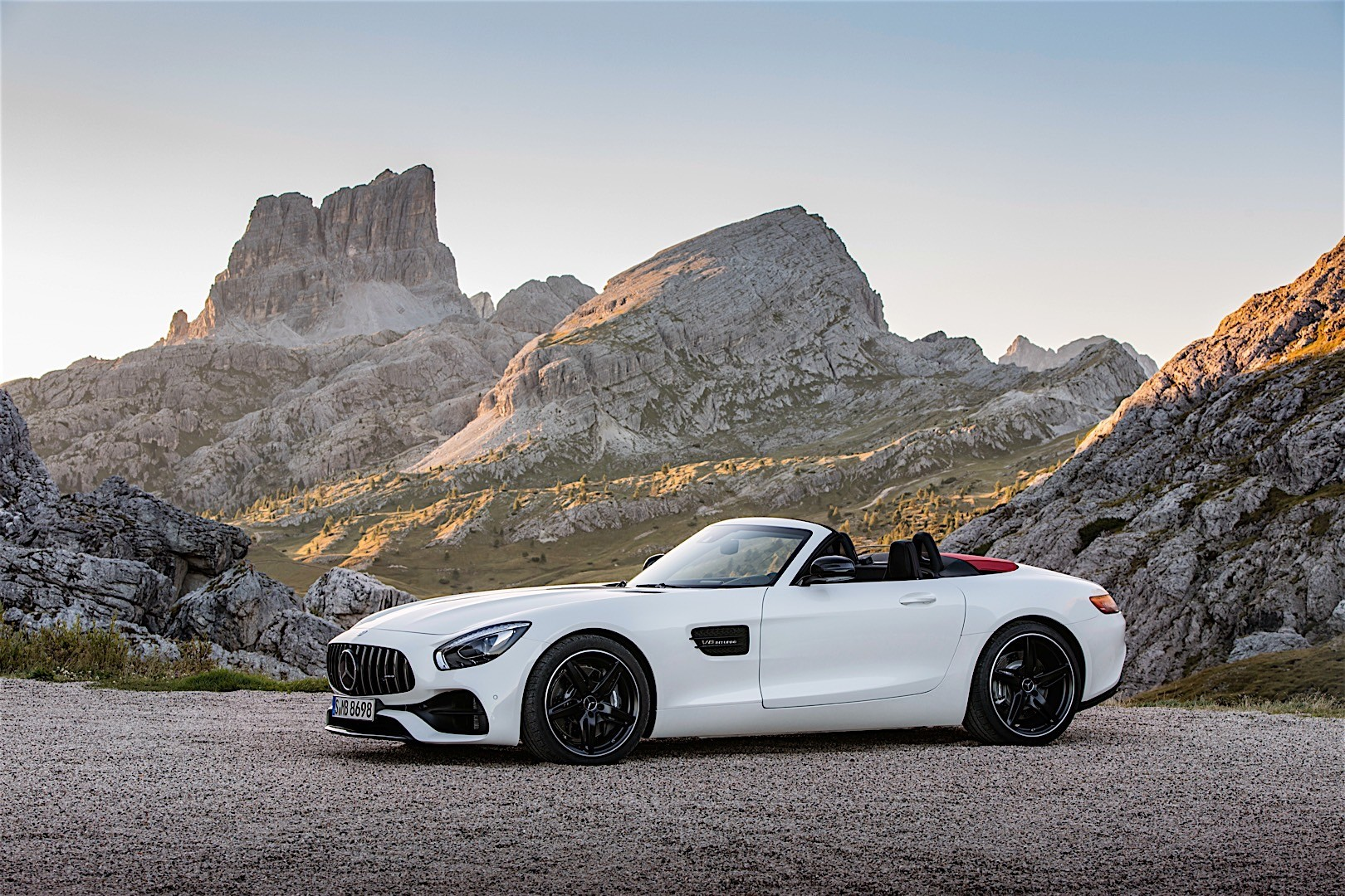 Mercedes-AMG GT Roadster (R190) specs & photos - 2016 ...