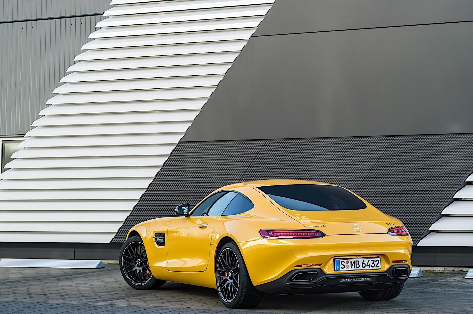 https://s1.cdn.autoevolution.com/images/gallery/MERCEDES-BENZ-AMG-GT-S-5869_4.jpg