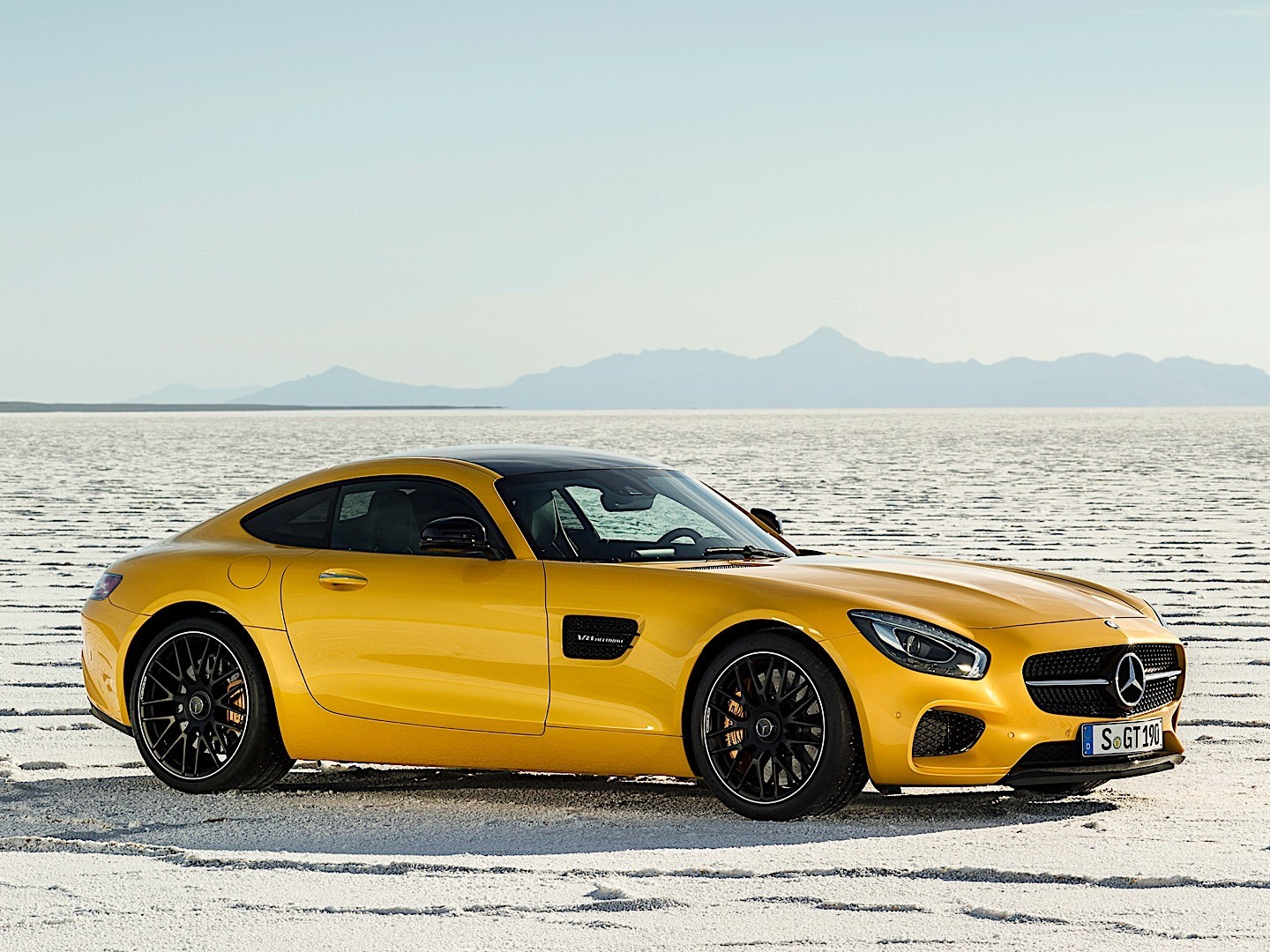 mercedes amg gt s c190 specs 2015 2016 2017. Black Bedroom Furniture Sets. Home Design Ideas