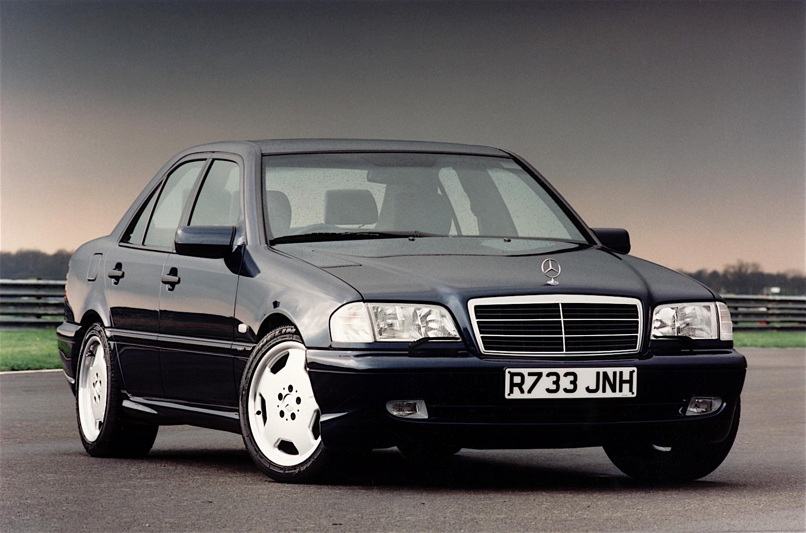 mercedes benz c 43 amg w202 specs 1997 1998 1999 2000 autoevolution. Black Bedroom Furniture Sets. Home Design Ideas