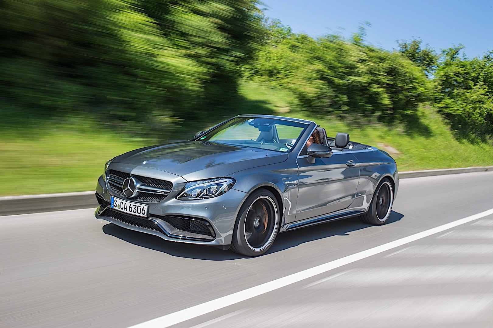 mercedes amg c 63 cabriolet a205 specs 2016 2017 2018 autoevolution. Black Bedroom Furniture Sets. Home Design Ideas