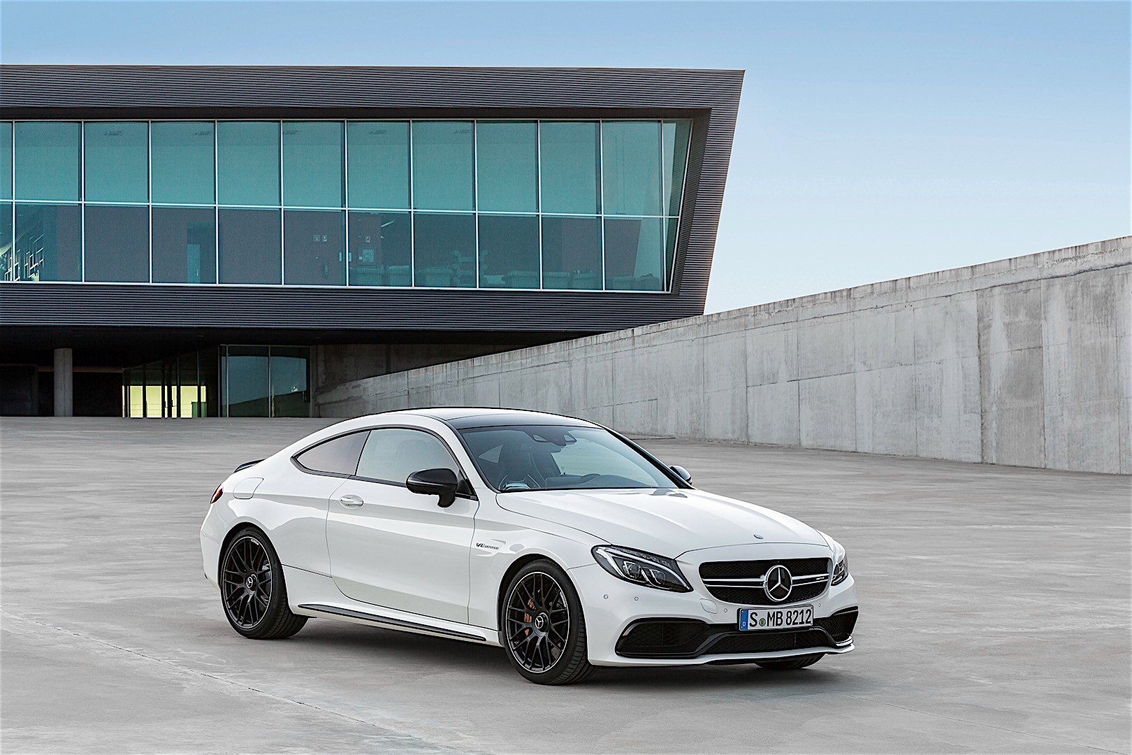 Mercedes amg c 63 coupe c205 specs 2016 2017 2018 for Mercedes benz cars photos