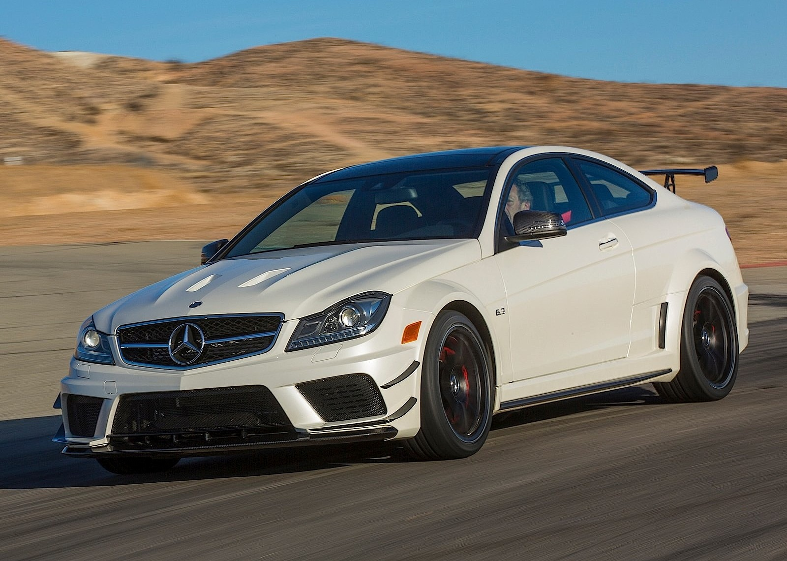 2019 Mercedes-AMG C63 Refreshed With Some Big Improvements ...