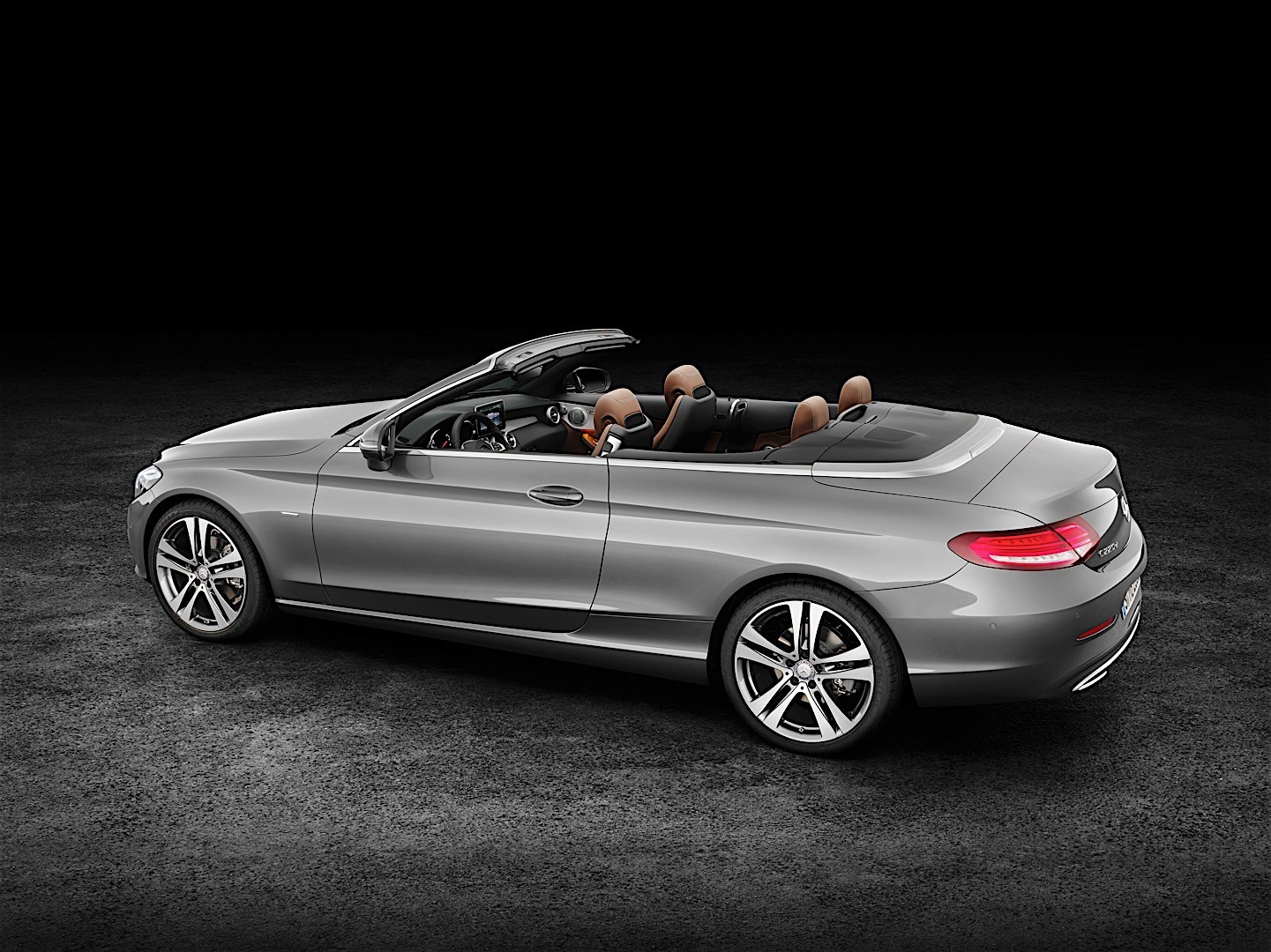 Mercedes benz c class cabriolet a205 specs 2016 2017 for Mercedes benz c class horsepower