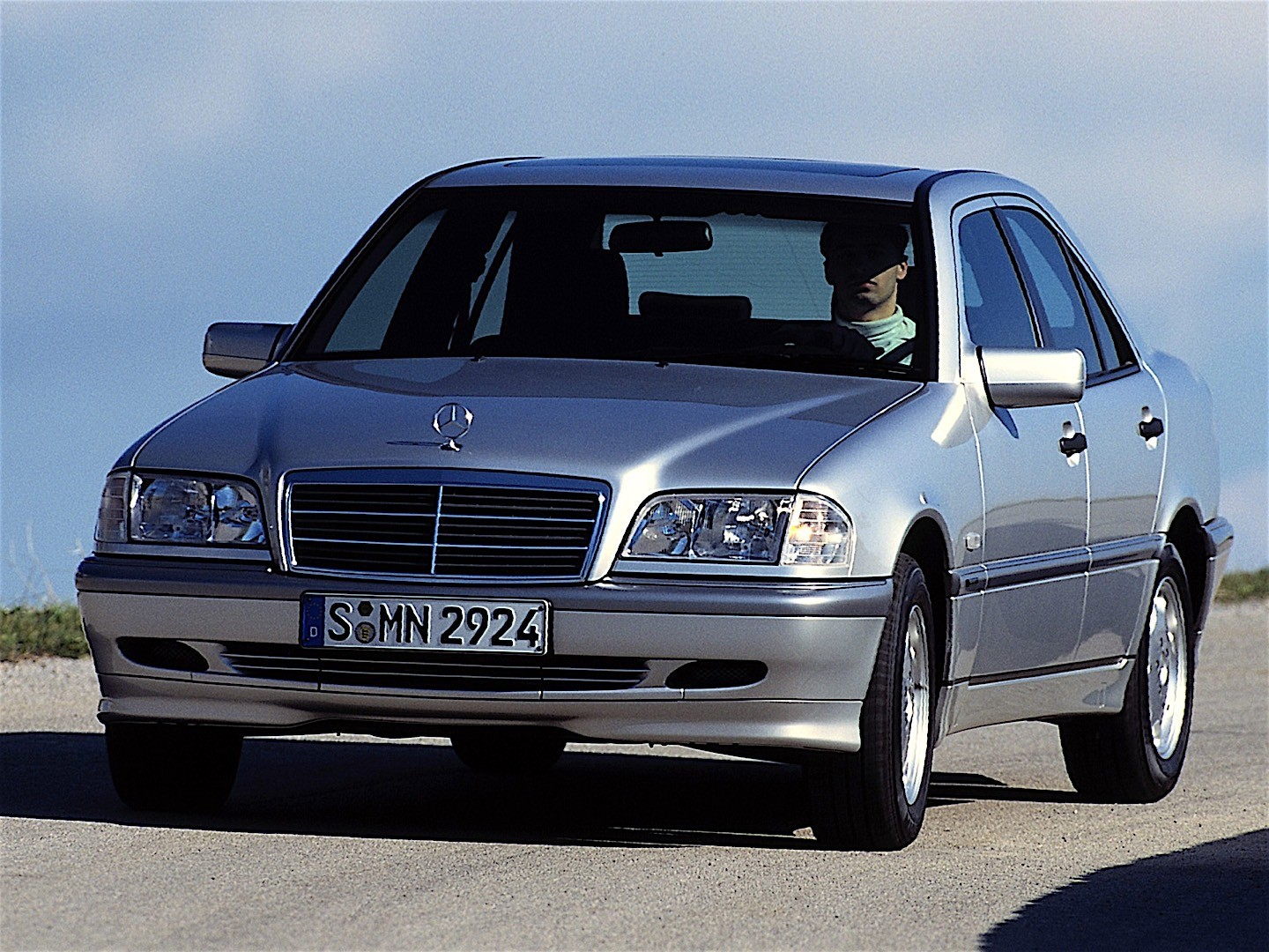 mercedes benz c klasse w202 specs 1993 1994 1995. Black Bedroom Furniture Sets. Home Design Ideas
