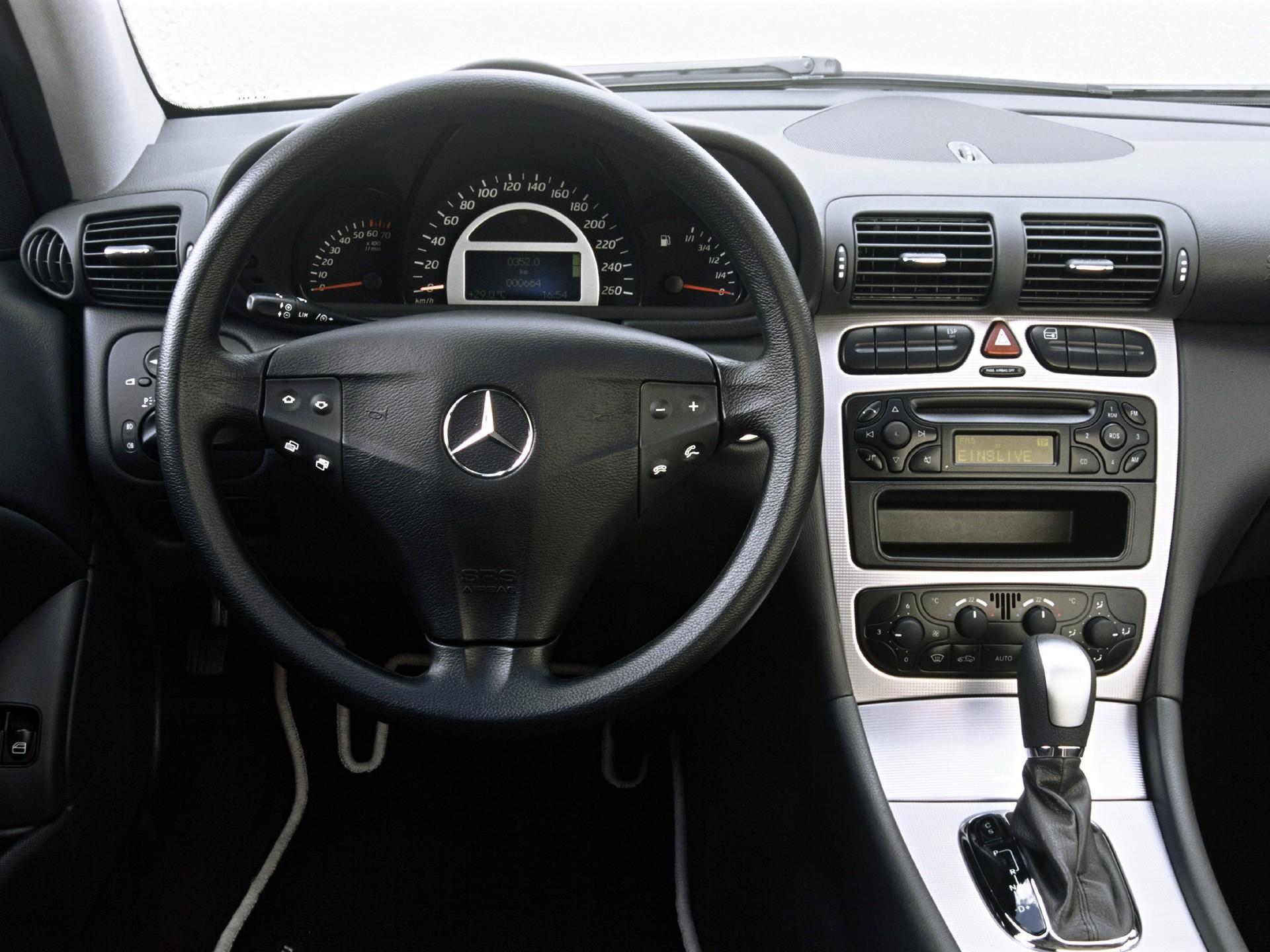Mercedes benz c klasse sportcoupe amg c203 specs 2000 for Mercedes benz c30