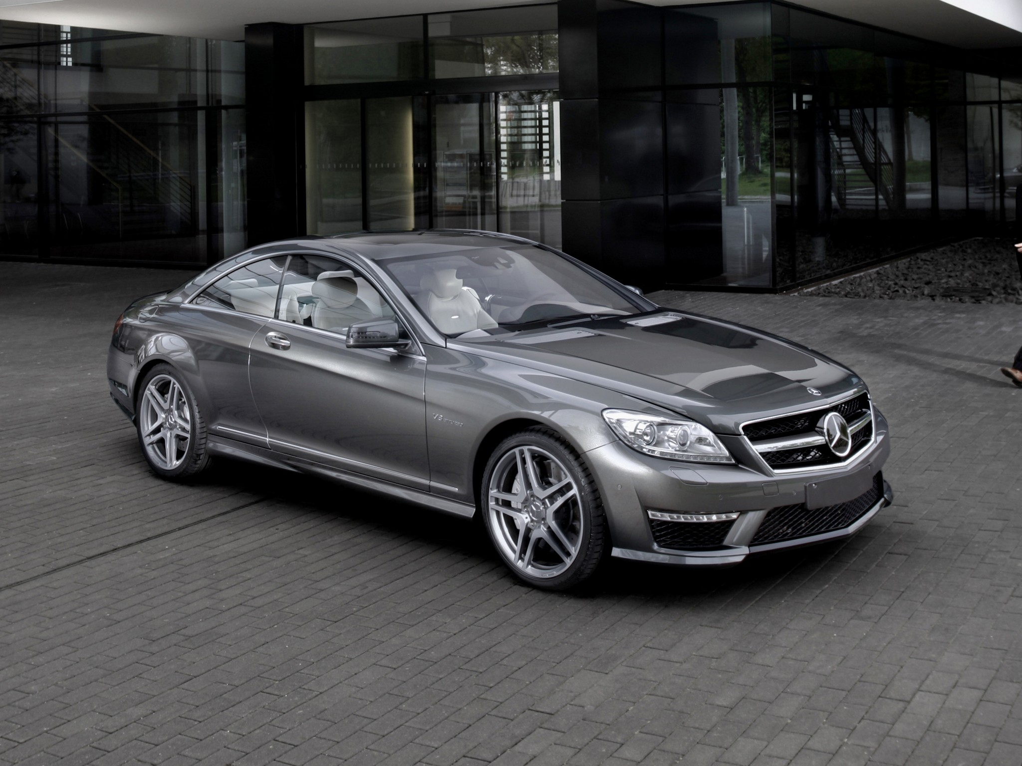 Cl63 amg specs auto express for Mercedes benz cl 63 amg price