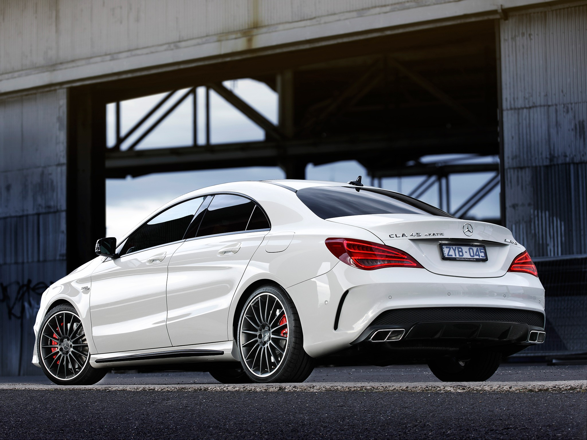 mercedes benz cla 45 amg 2013 2014 2015 2016. Black Bedroom Furniture Sets. Home Design Ideas