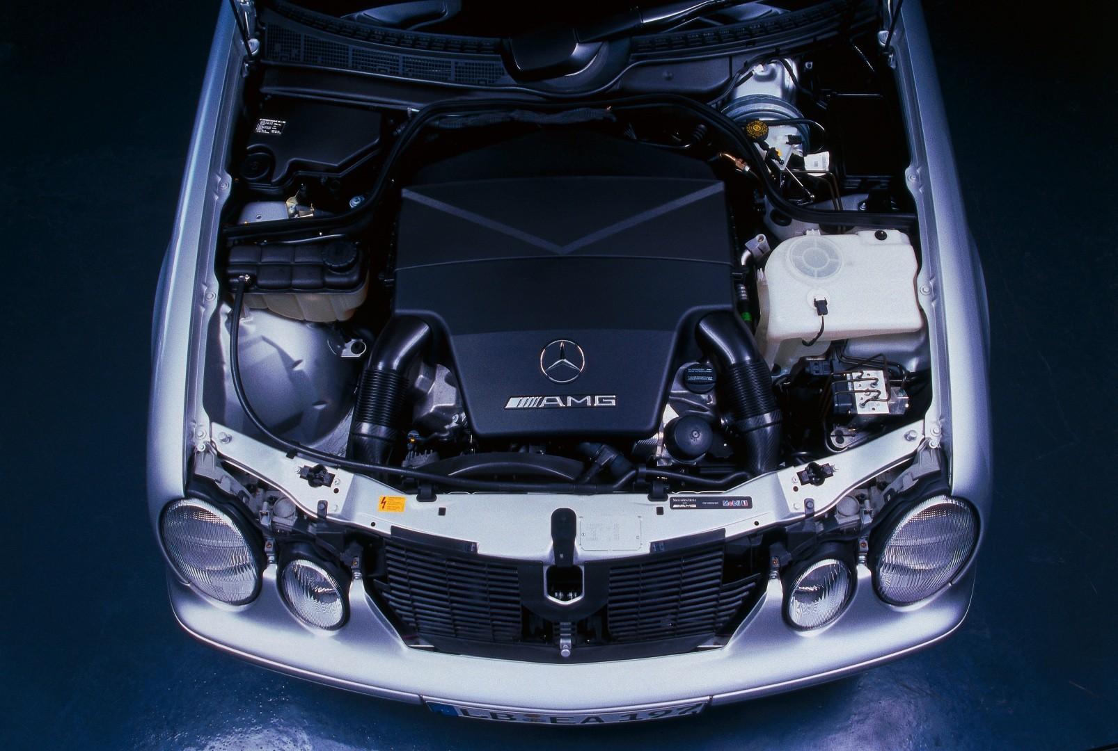 Mercedes benz clk 55 amg c208 specs 1999 2000 2001 2002 mercedes benz clk 55 amg c208 1999 2002 publicscrutiny Gallery