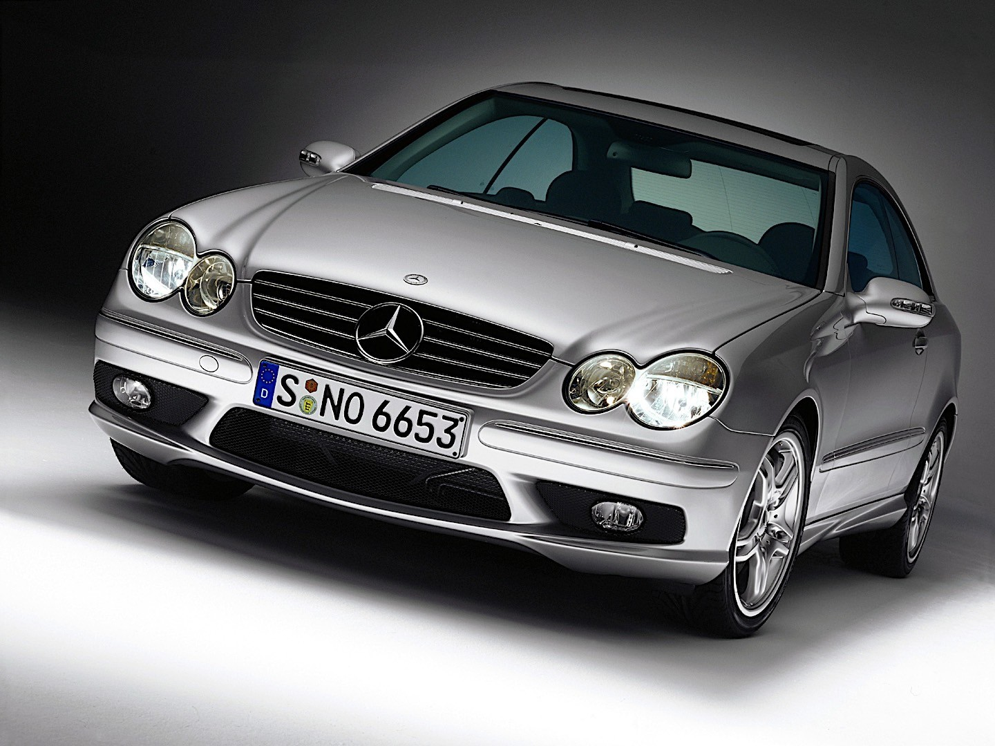 mercedes benz clk 55 amg c209 specs 2003 2004 2005 2006 autoevolution. Black Bedroom Furniture Sets. Home Design Ideas