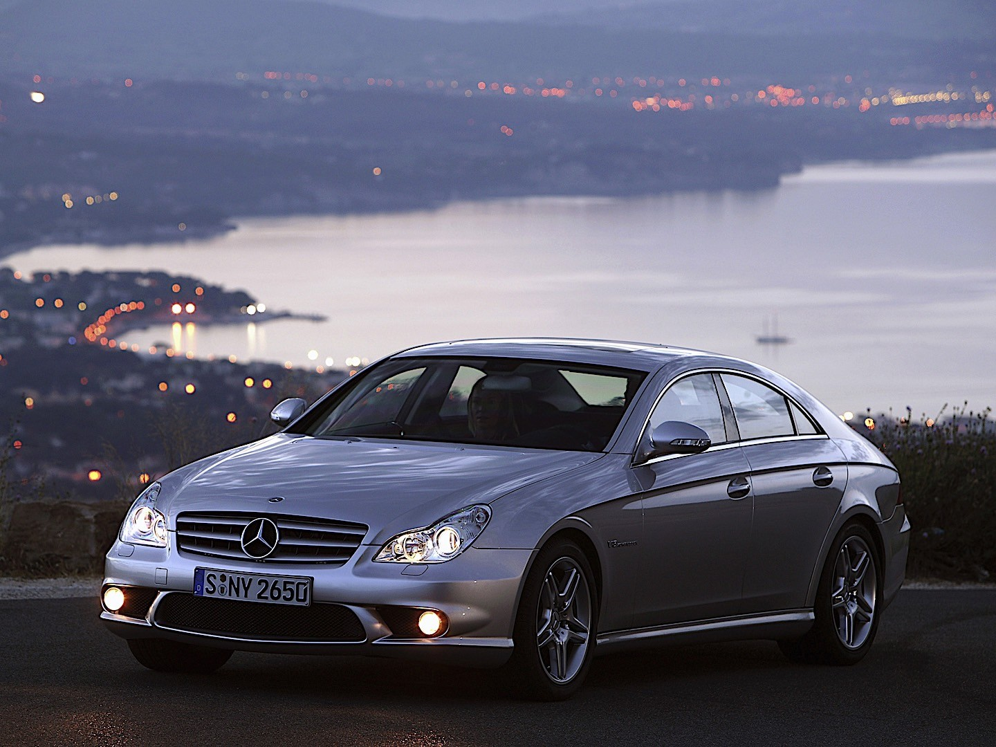 mercedes benz cls 55 amg c219 specs photos 2004 2005 2006 autoevolution. Black Bedroom Furniture Sets. Home Design Ideas