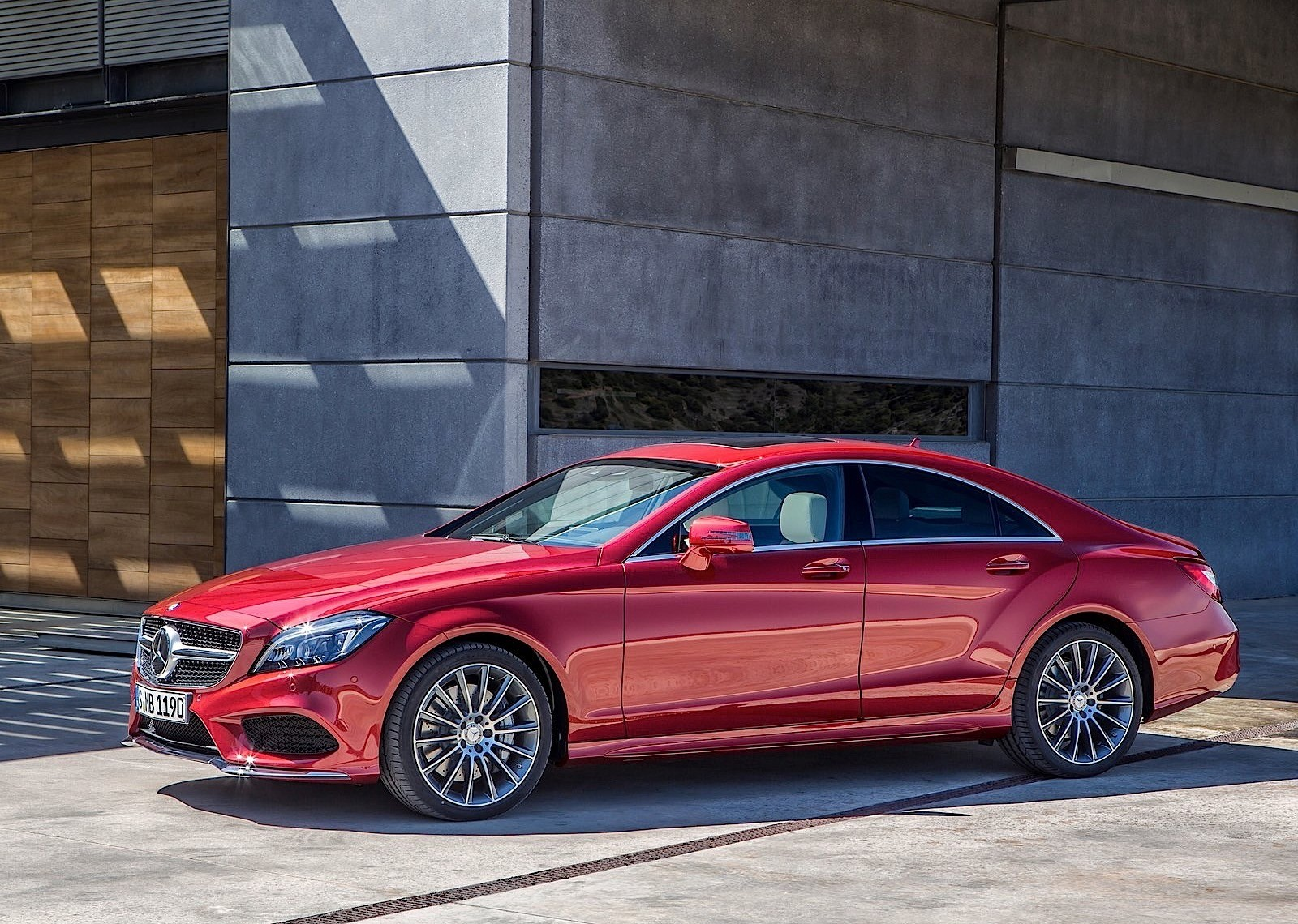 mercedes benz cls class c218 specs 2014 2015 2016 2017 2018 autoevolution. Black Bedroom Furniture Sets. Home Design Ideas