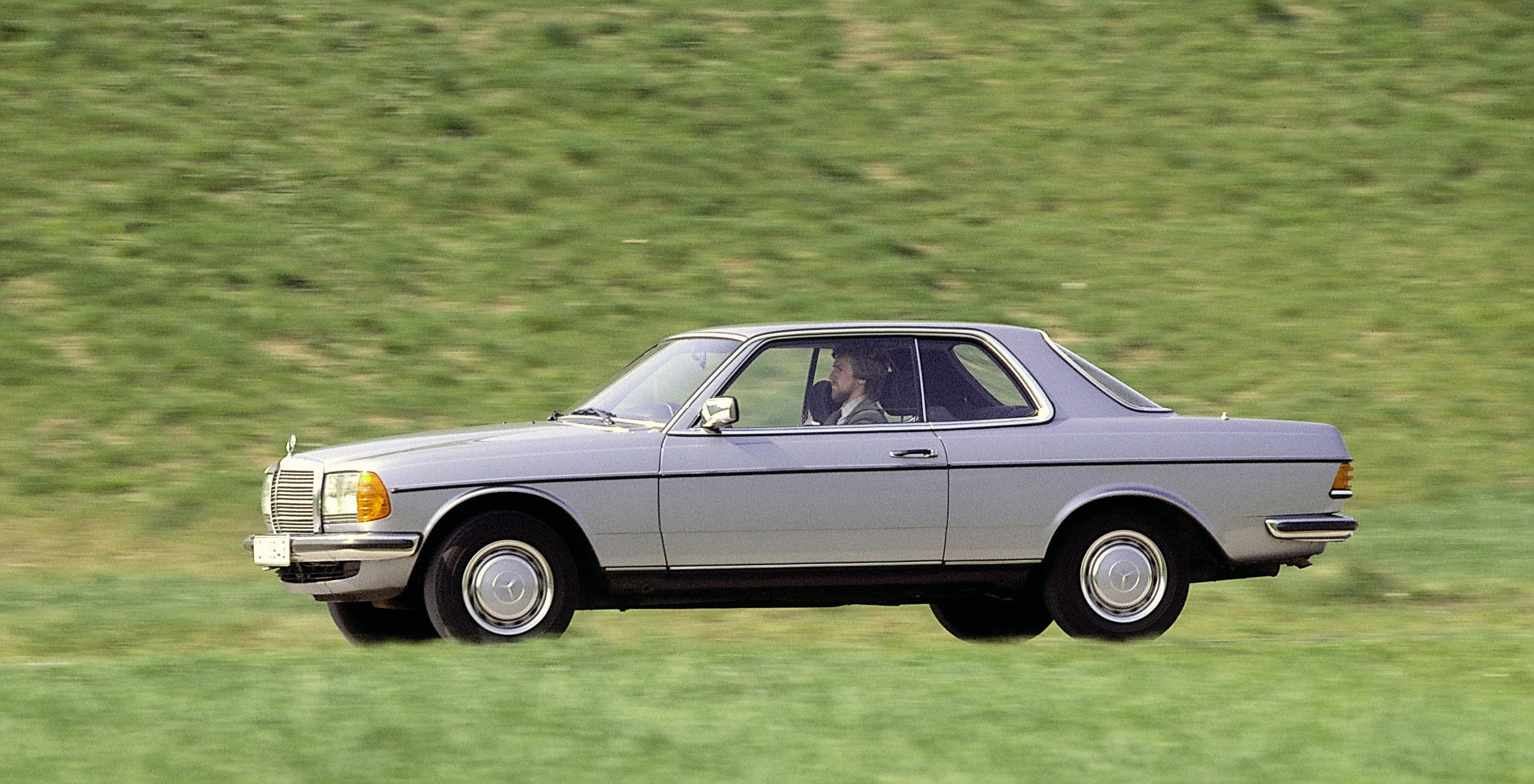 Glc 300 Coupe >> MERCEDES BENZ Coupe (C123) specs & photos - 1977, 1978 ...