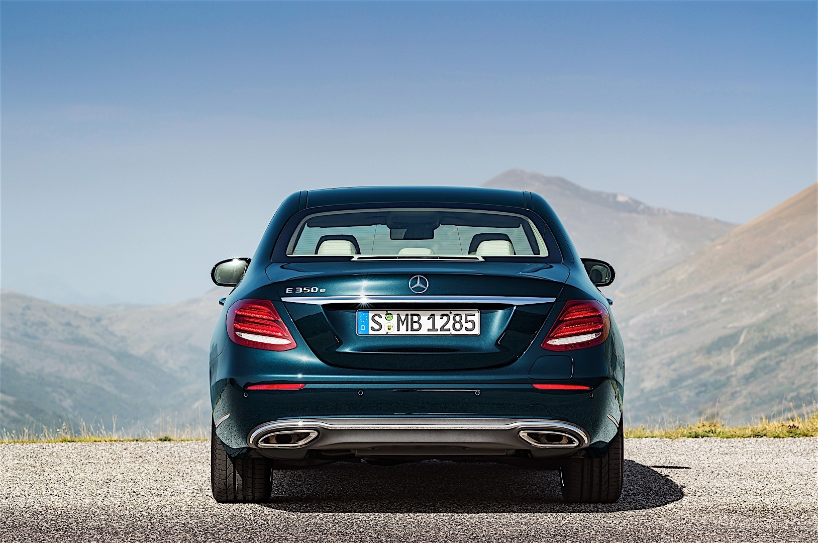 Mercedes benz e class w213 2016 autoevolution for Mercedes benz new e class