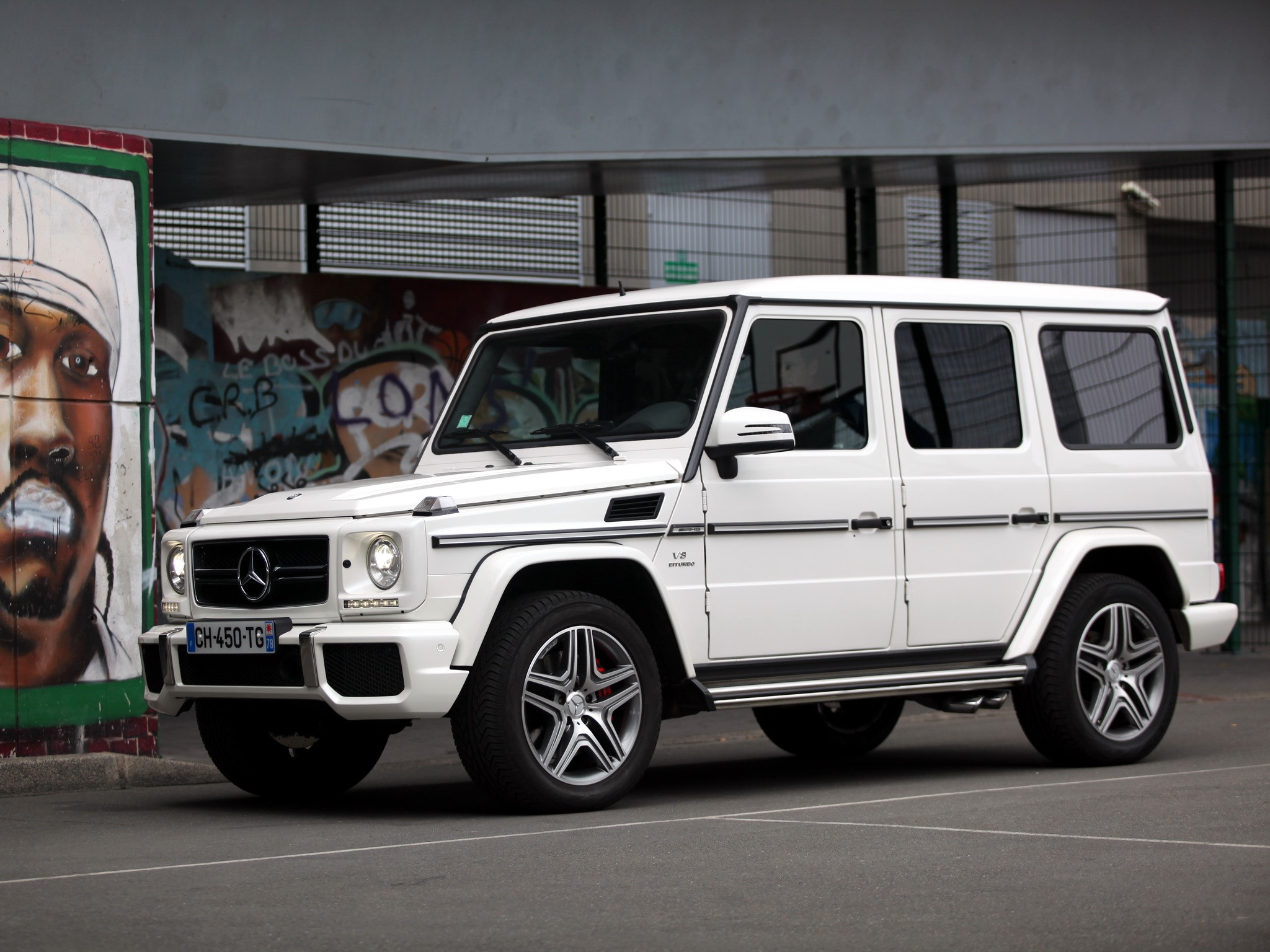 mercedes benz g 63 amg w463 specs 2012 2013 2014 2015 2016 2017 2018 autoevolution. Black Bedroom Furniture Sets. Home Design Ideas