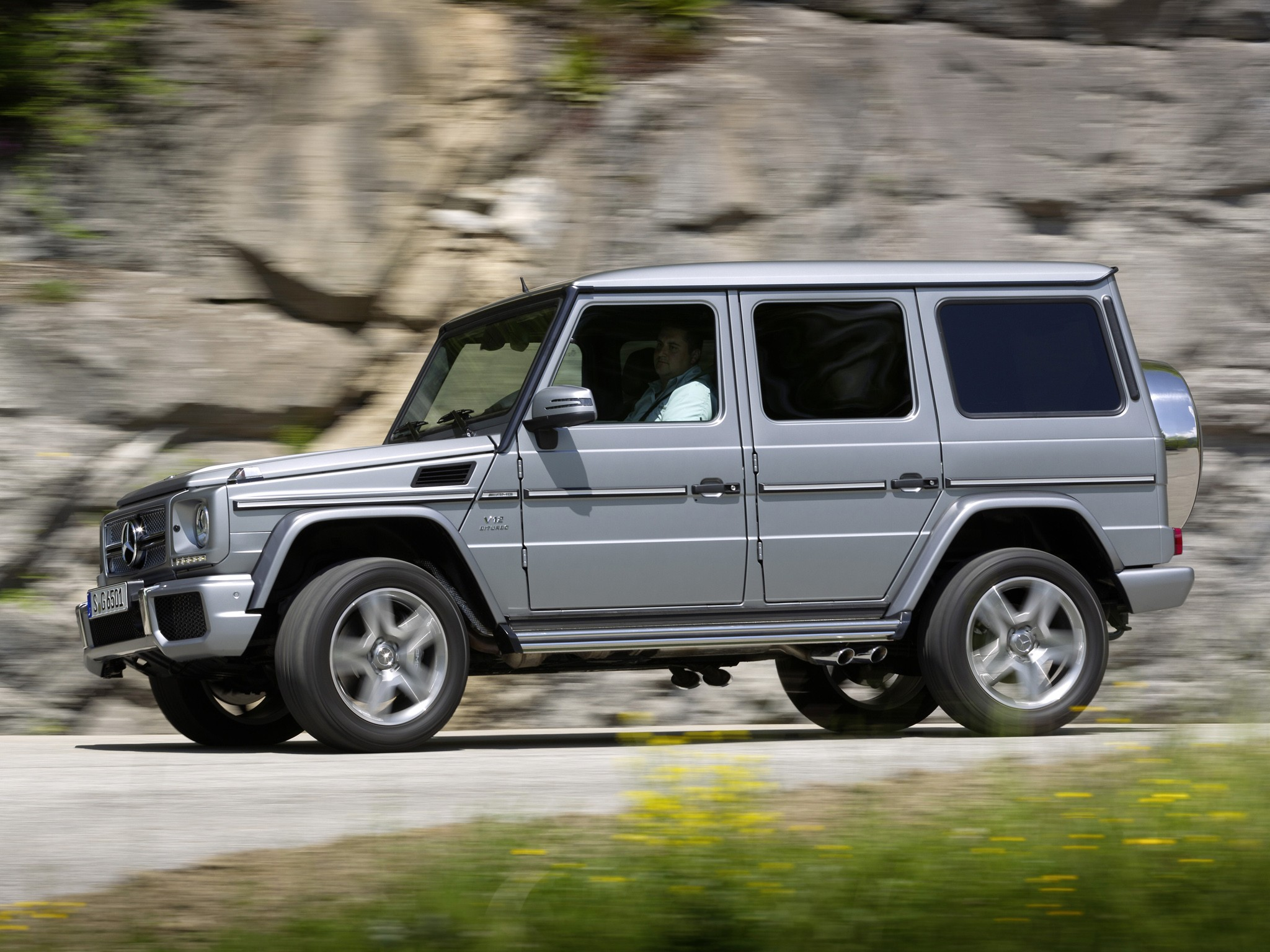 Mercedes benz g 65 amg w463 specs 2012 2013 2014 for Mercedes benz g wagon 2012