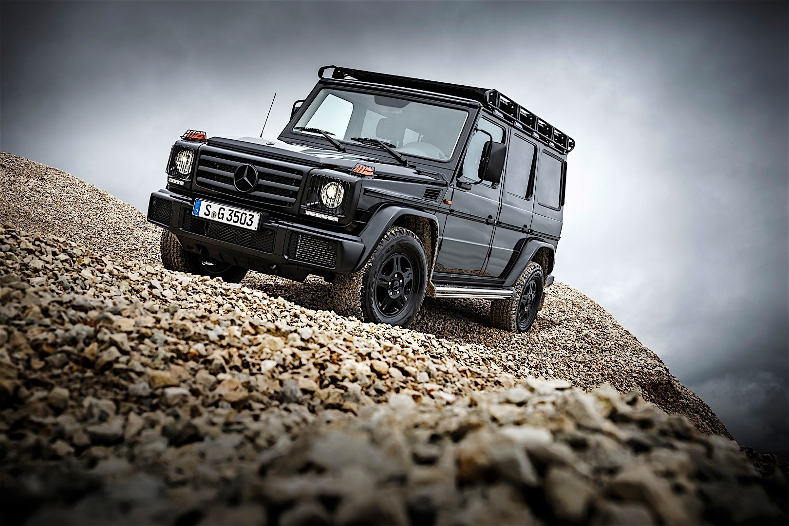 MERCEDES BENZ G-Class Professional (W463) specs & photos ...