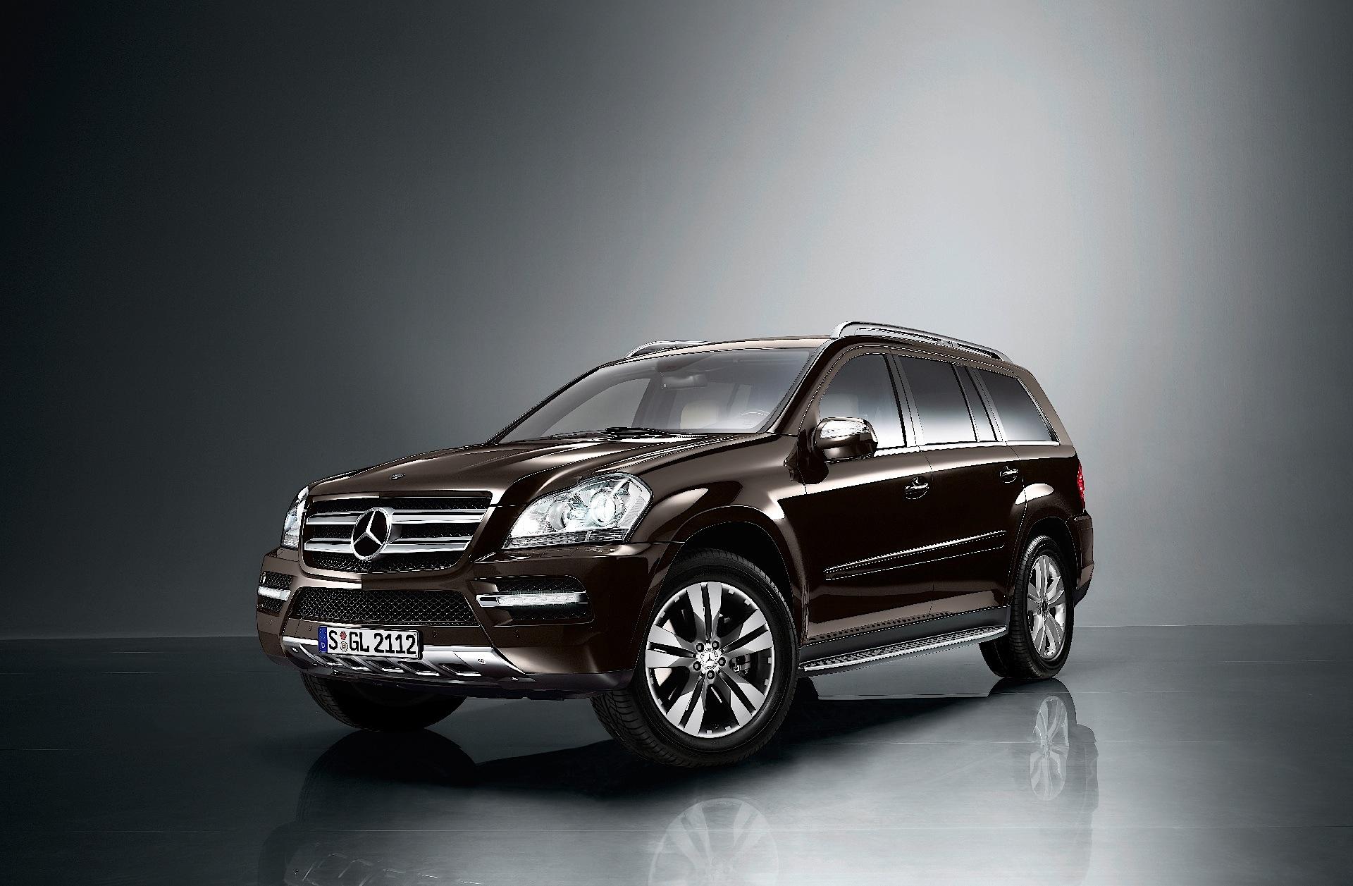 Mercedes benz gl klasse x164 specs 2009 2010 2011 for Mercedes benz gl 2011