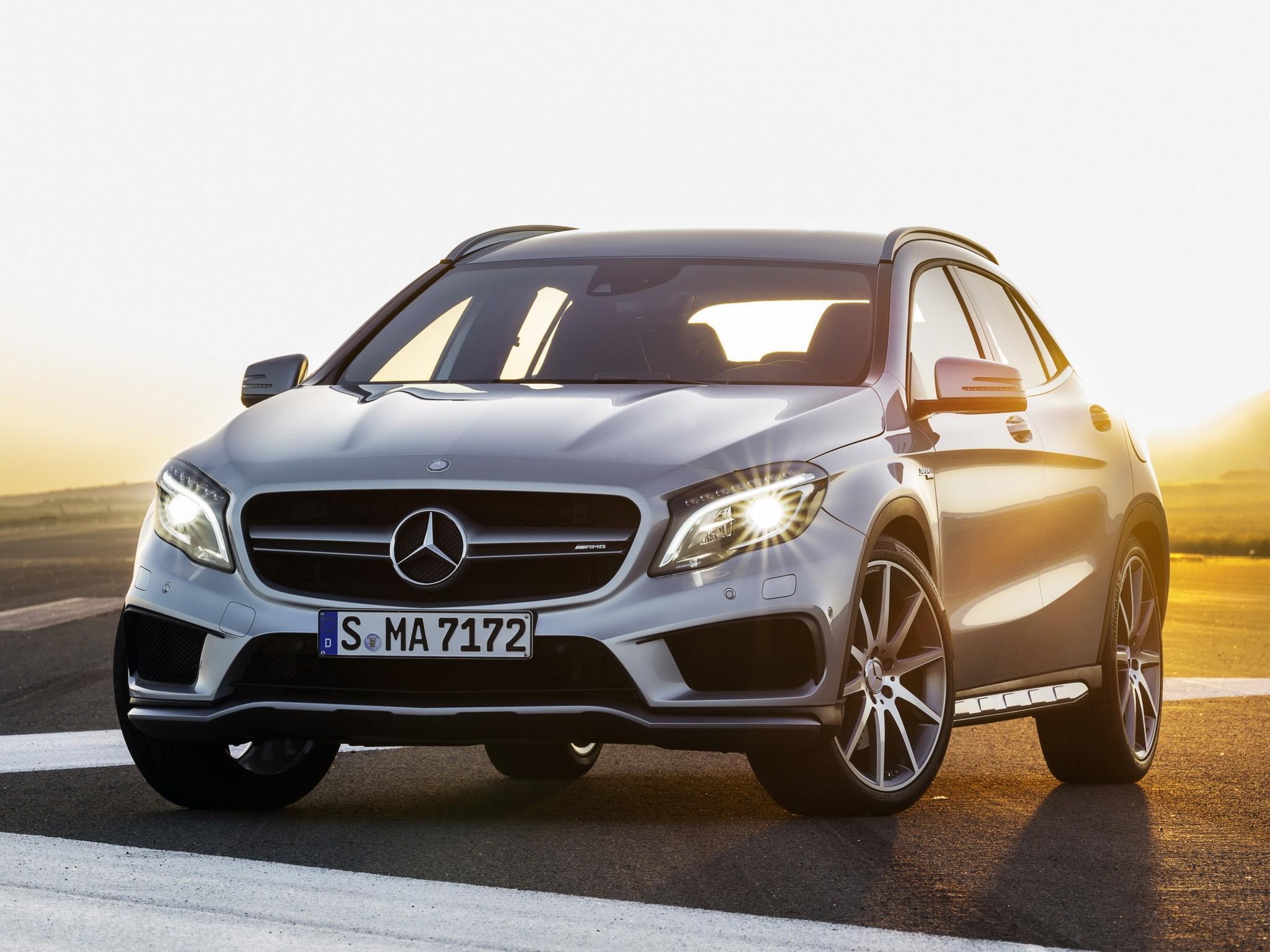 Mercedes-AMG GLA 45 AMG (X156) specs & photos - 2014, 2015 ...