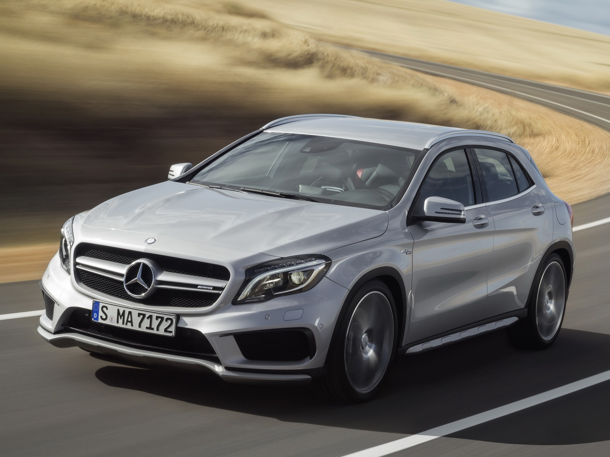 Mercedes benz gla 45 amg x156 specs 2014 2015 2016 for Mercedes benz car picture gallery