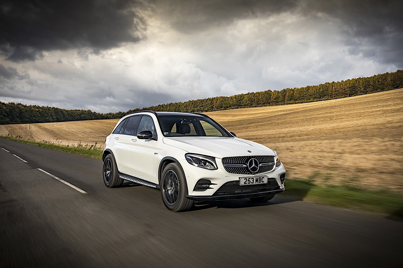 mercedes amg glc 43 x253 specs photos 2016 2017. Black Bedroom Furniture Sets. Home Design Ideas