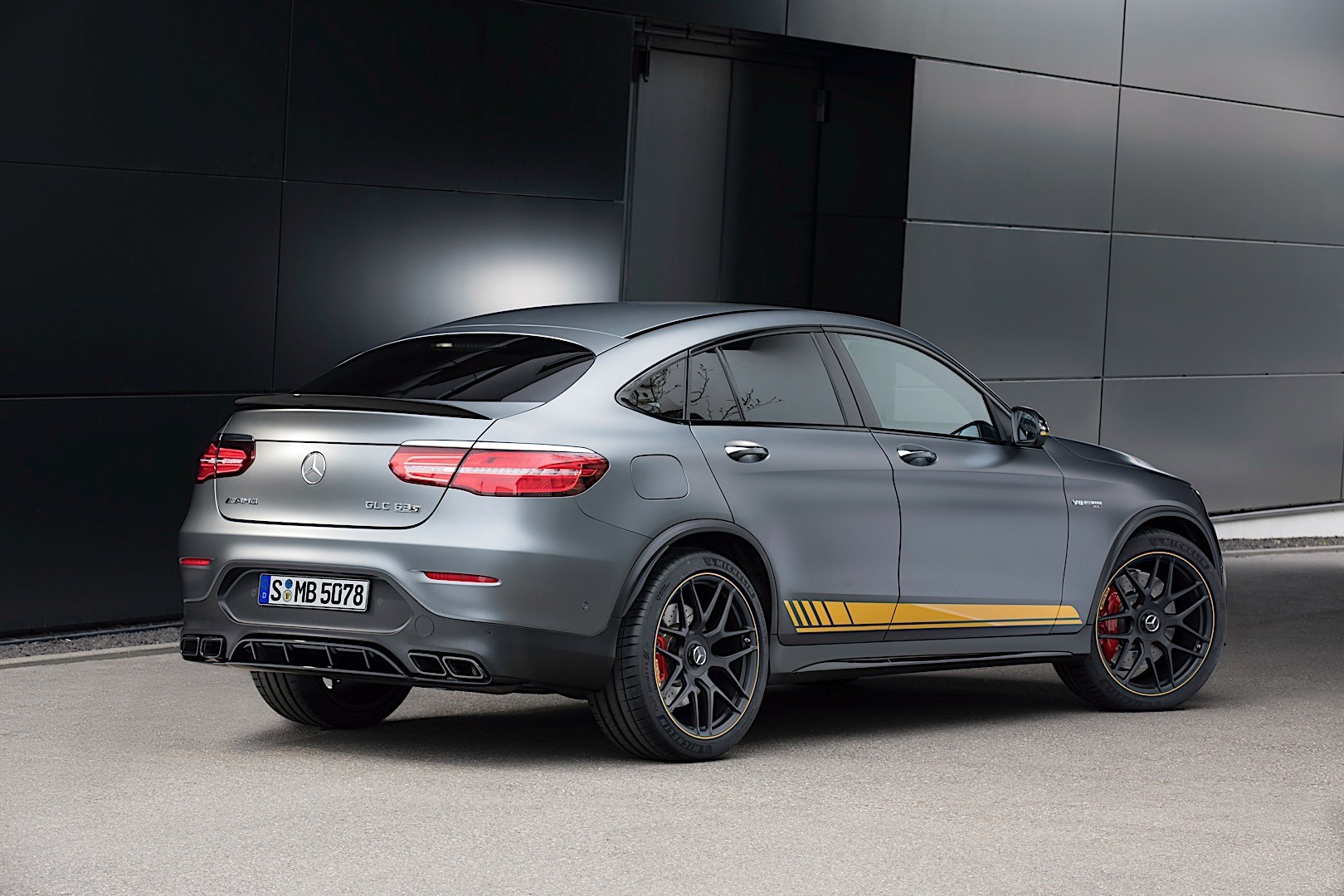 Mercedes-AMG GLC 63 Coupe (C253) specs & photos - 2017 ...