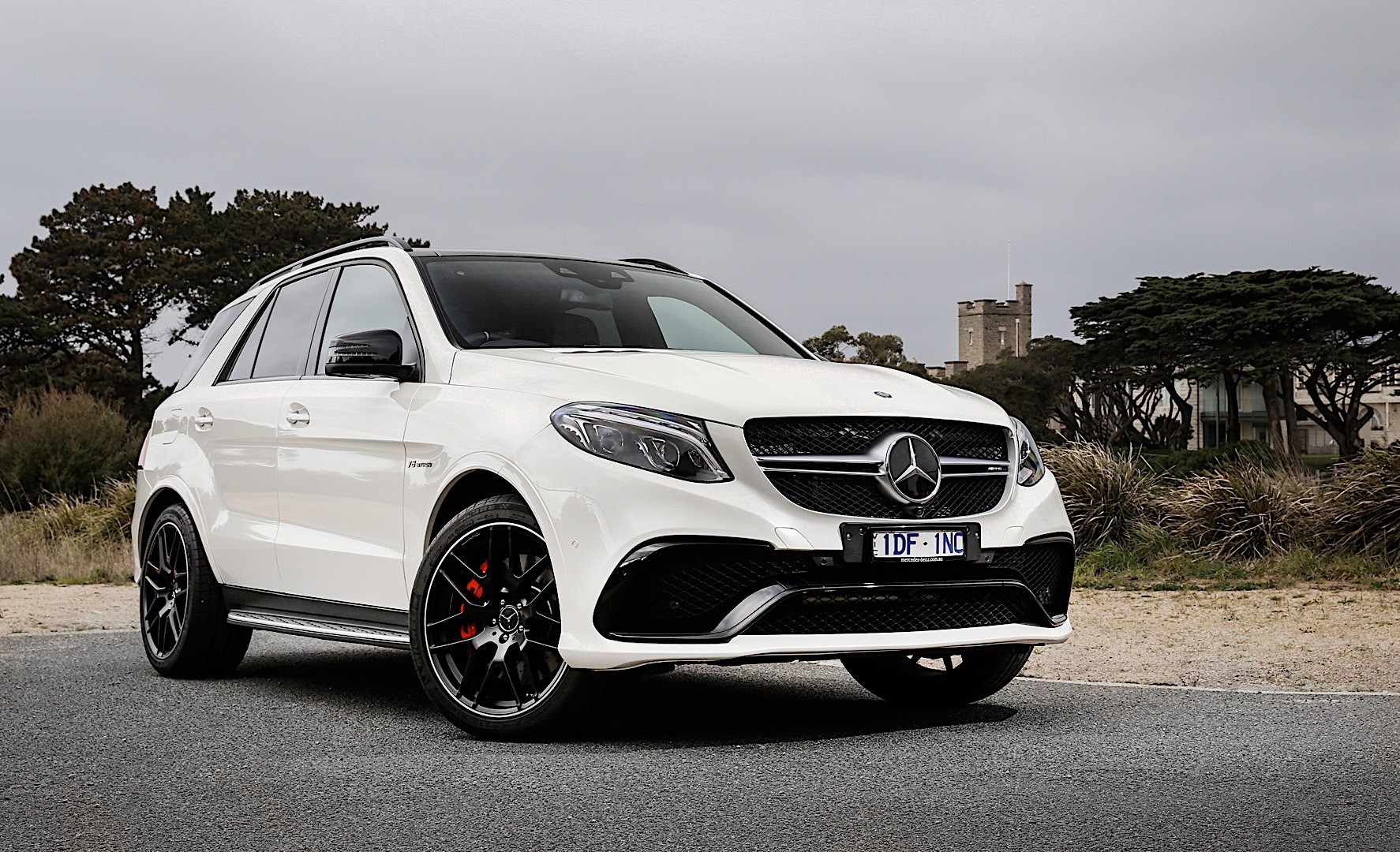 Mercedes amg gle amg w166 specs 2015 2016 2017 2018 for 2017 amg gle 63 mercedes benz