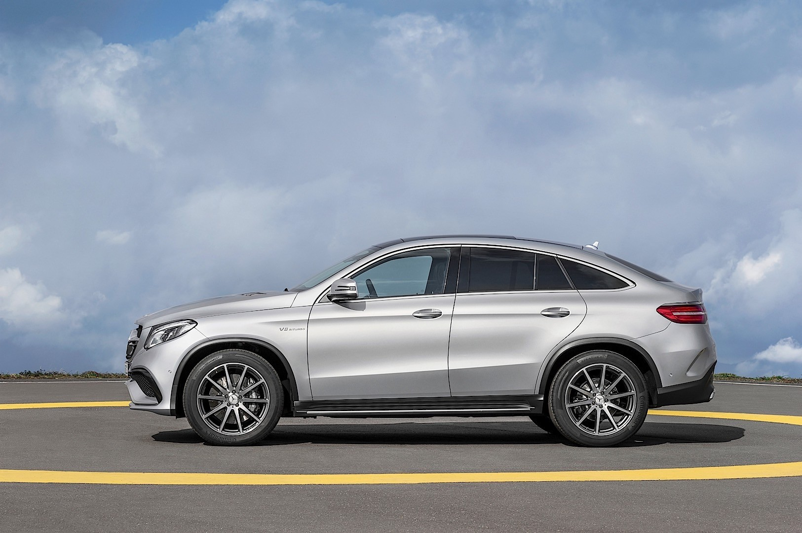 mercedes amg gle coupe c292 specs photos 2015 2016 2017 2018 autoevolution. Black Bedroom Furniture Sets. Home Design Ideas