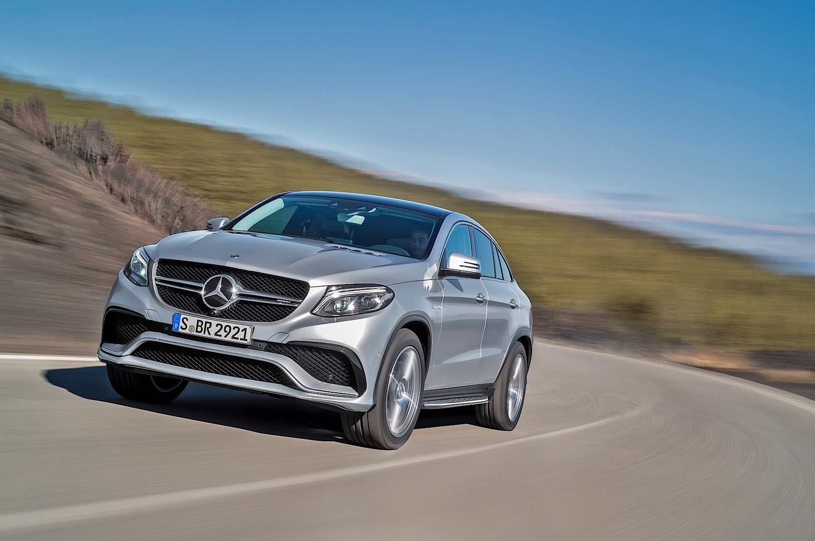Mercedes benz gle coupe amg 2015 2016 autoevolution for Mercedes benz gle amg