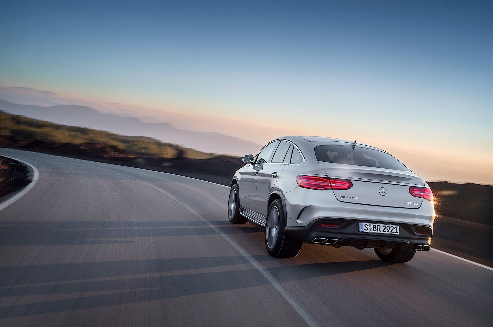 Mercedes-AMG GLE Coupe (C292) specs & photos - 2015, 2016 ...