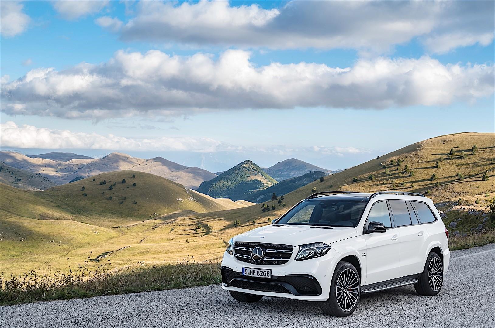 Mercedes benz gls 63 amg x166 2016 autoevolution for Mercedes benz gs