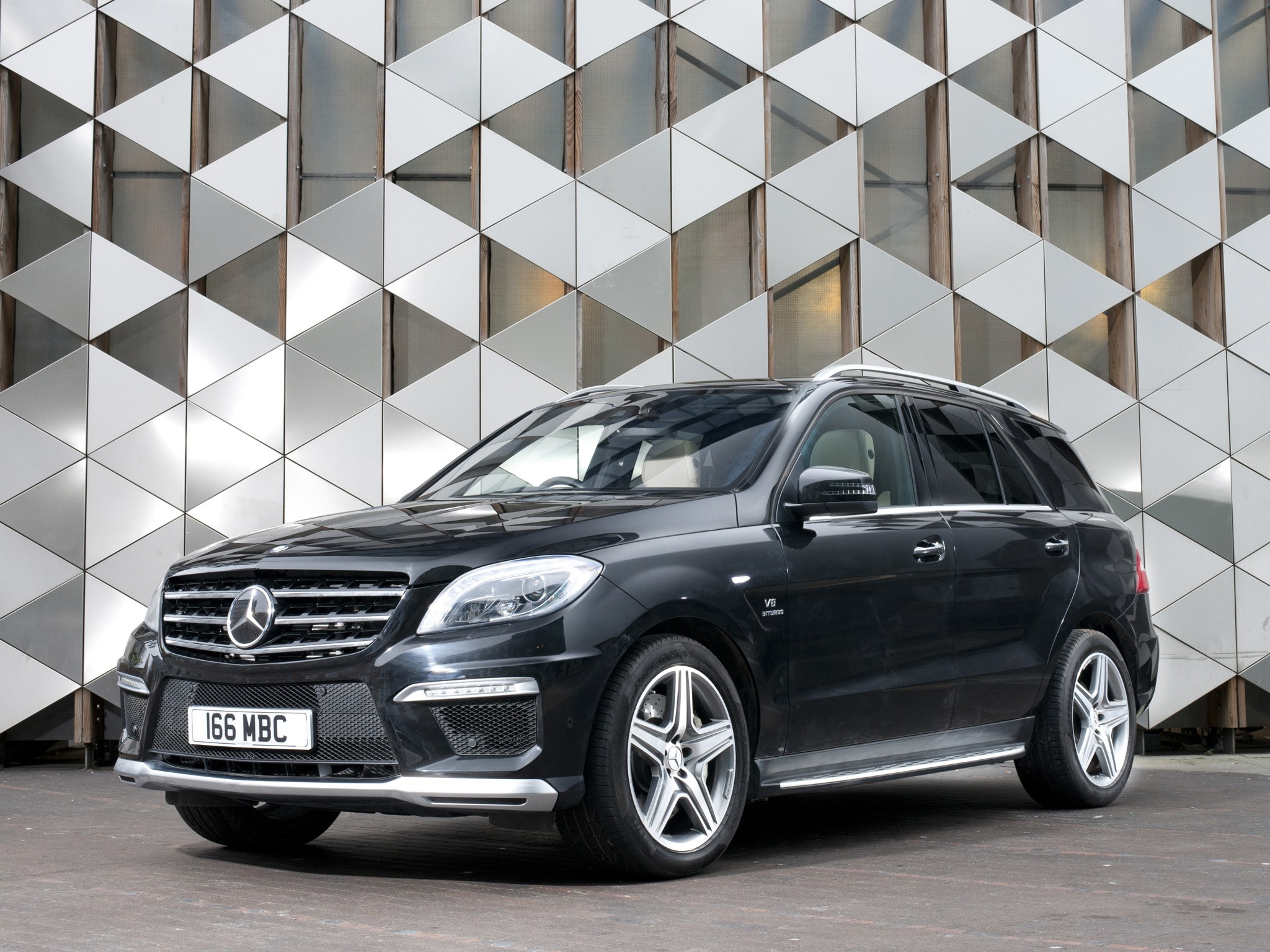 Mercedes benz ml 63 amg w166 specs 2011 2012 2013 for Mercedes benz ml 63 amg