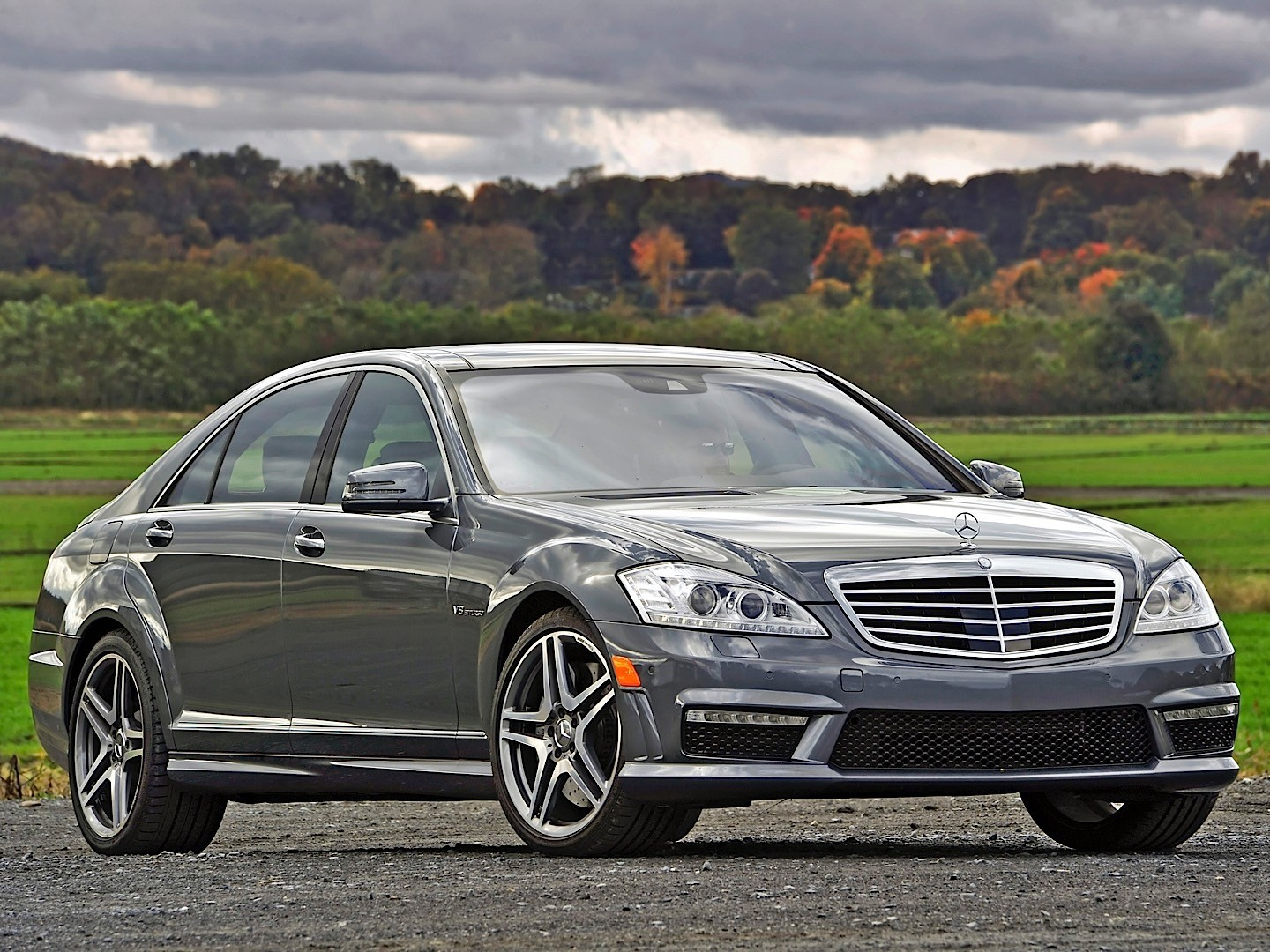 mercedes benz s 63 amg w221 specs photos 2009 2010. Black Bedroom Furniture Sets. Home Design Ideas