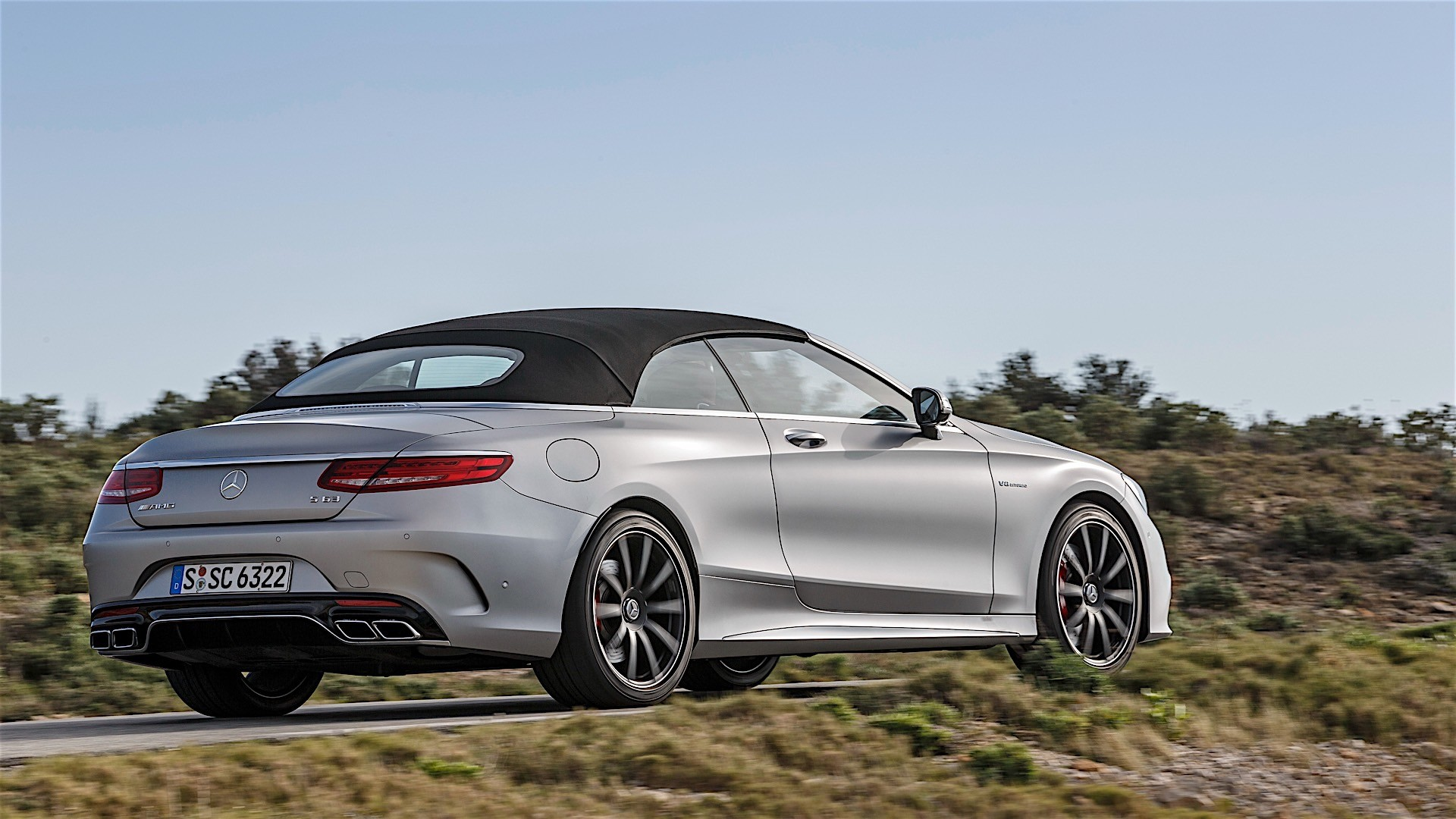 mercedes amg s 63 cabriolet a217 specs 2016 2017 autoevolution. Black Bedroom Furniture Sets. Home Design Ideas
