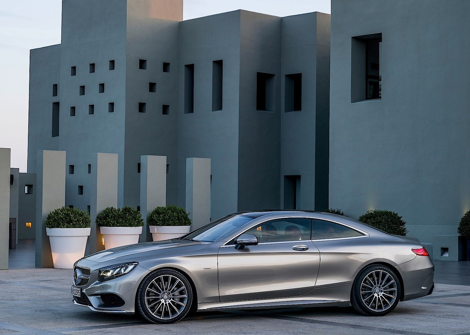 Mercedes Benz S 63 Amg Coupe C217 2017