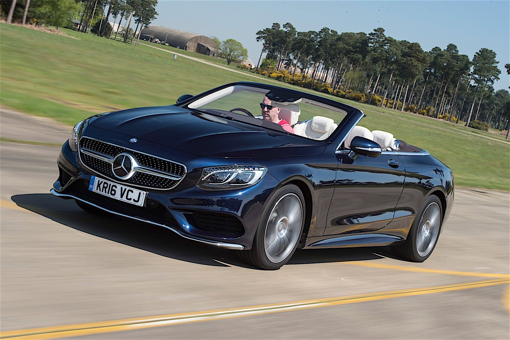 mercedes benz s class cabriolet a217 specs 2016 2017 autoevolution. Black Bedroom Furniture Sets. Home Design Ideas
