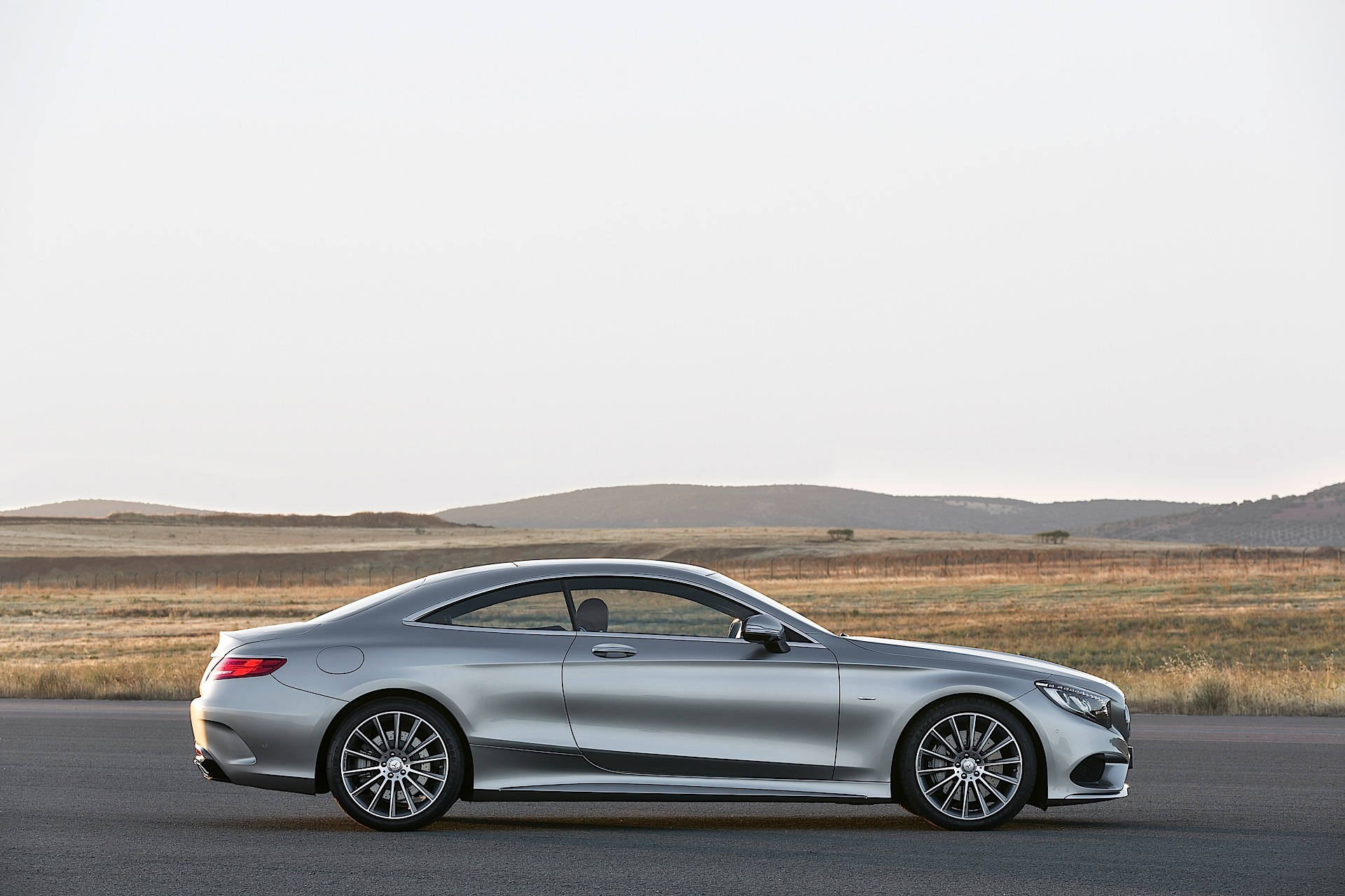 Mercedes benz s class coupe c217 specs 2014 2015 for Best looking mercedes benz models
