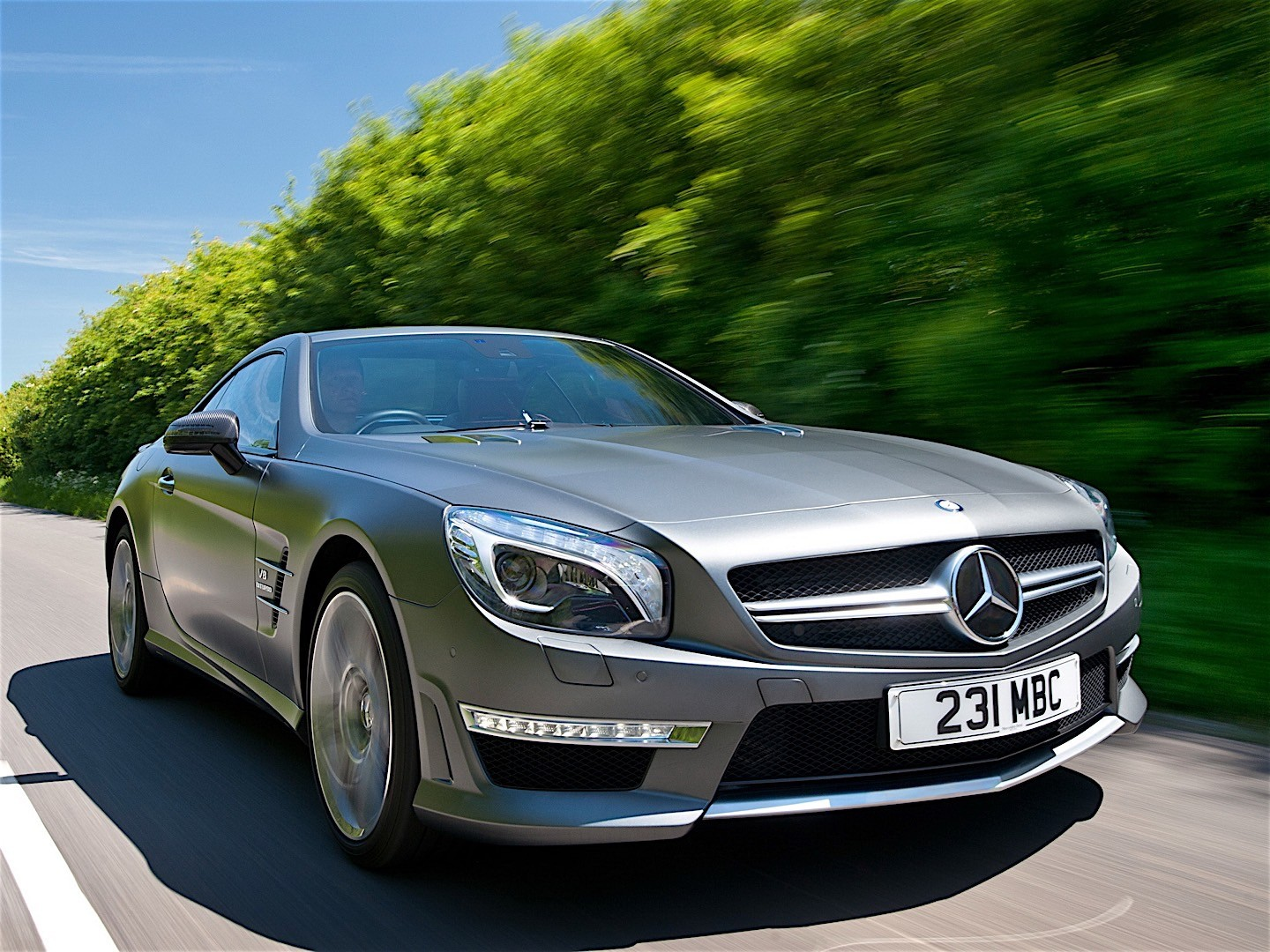 mercedes benz sl 63 amg r231 2012 2013 2014 2015 2016 autoevolution. Black Bedroom Furniture Sets. Home Design Ideas