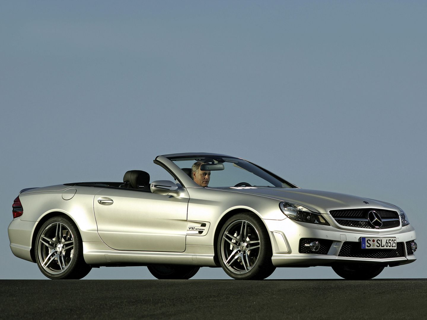 mercedes benz sl 65 amg r230 2008 2009 2010 2011 2012 autoevolution. Black Bedroom Furniture Sets. Home Design Ideas