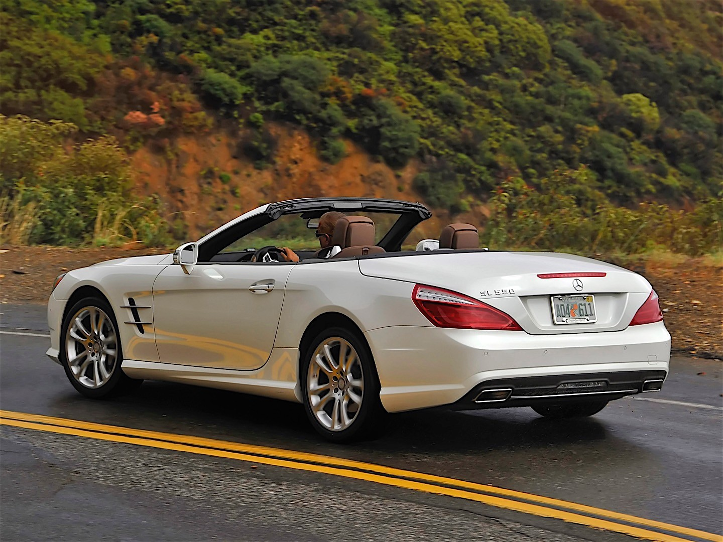 mercedes benz sl klasse r231 specs 2012 2013 2014. Black Bedroom Furniture Sets. Home Design Ideas