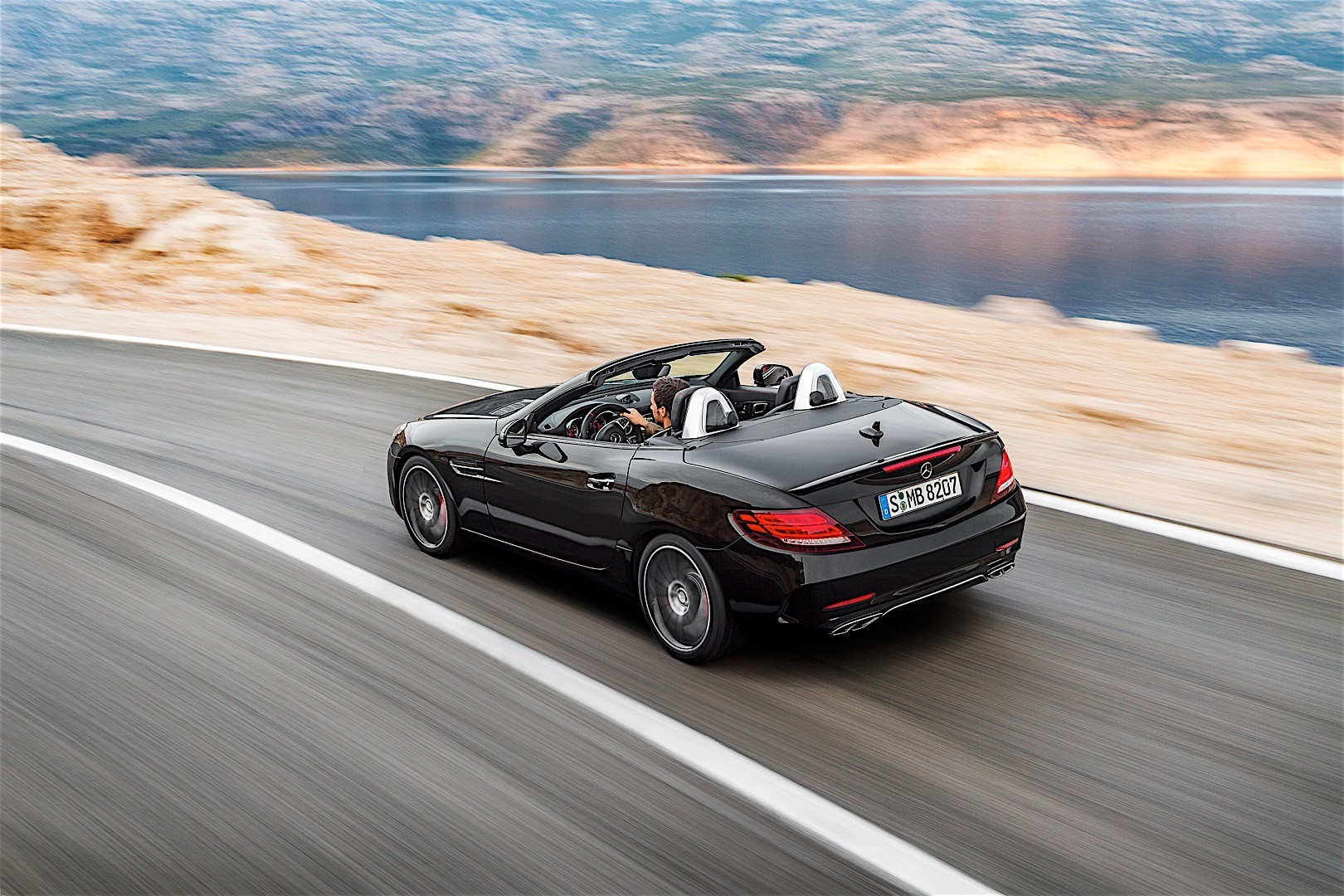 Mercedes amg slc 43 r172 specs 2016 2017 2018 for Mercedes benz amg slc 43